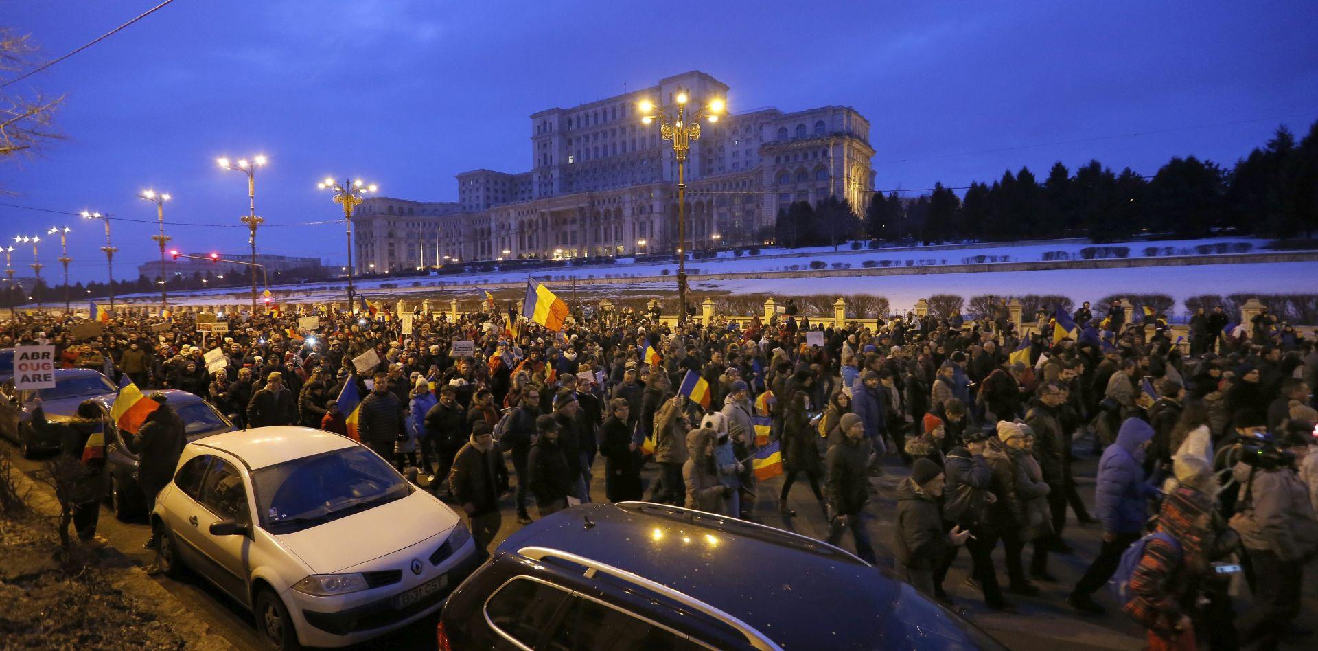 NAKON VELIKIH PROSVJEDA Rumunjska povlači kontroverznu uredbu o korupciji