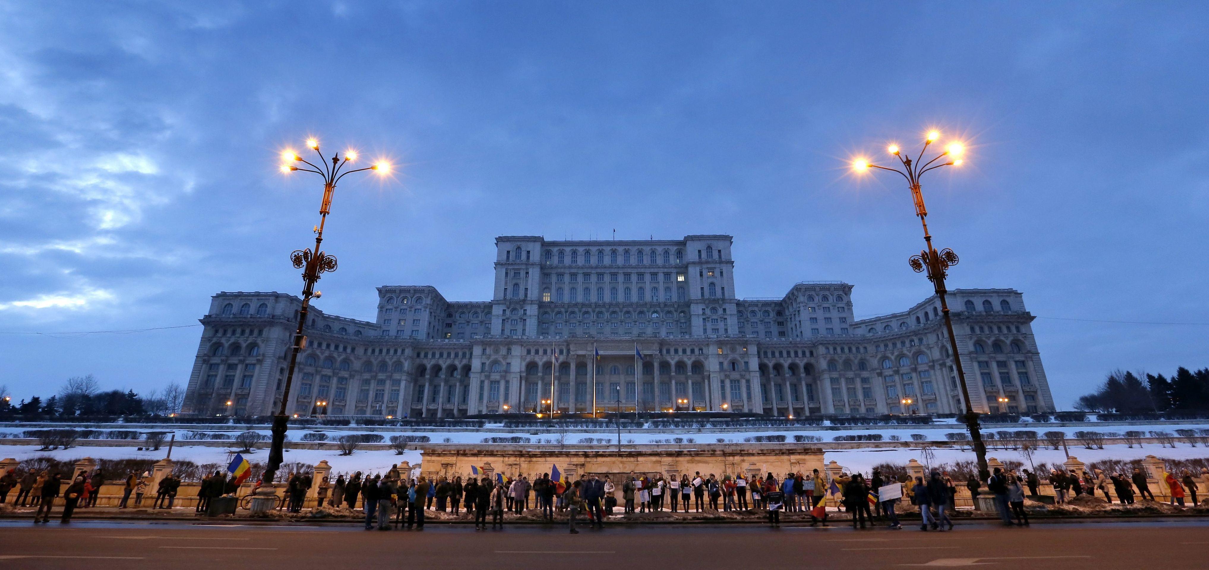 Rumunjska povukla spornu uredbu koja je dekriminalizirala neke koruptivne radnje