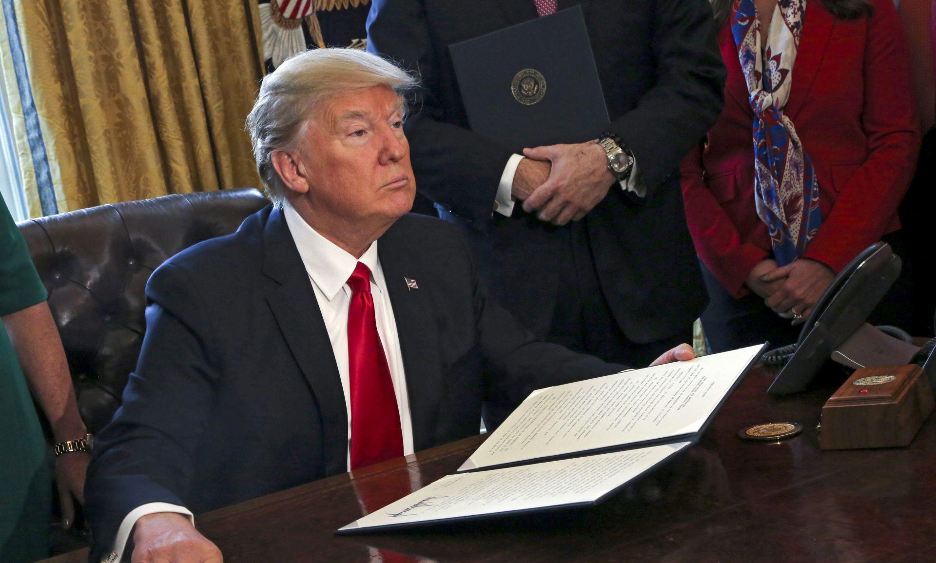 U ponedjeljak se očekuje nova Trumpova uredba o imigrantima