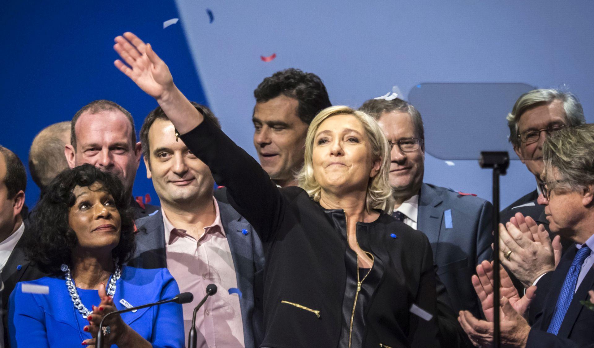 Le Pen će dobiti prvi krug predsjedničkih izbora, ali izgubiti u drugom