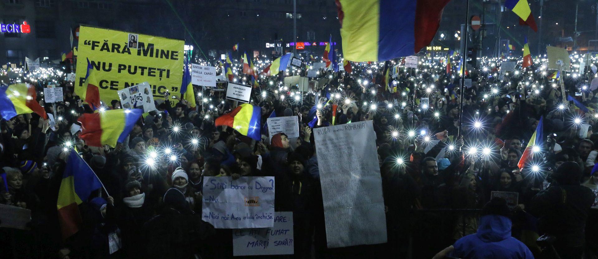 RUMUNJSKA  Pola milijuna ljudi na ulicama unatoč povlačenju sporne uredbe