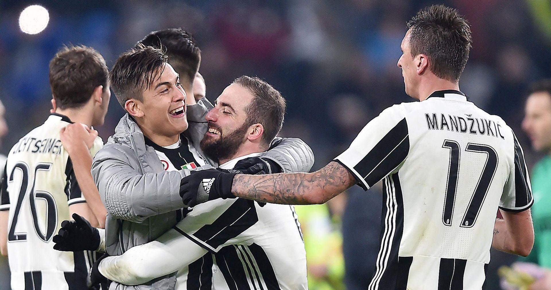 SERIE A Higuain dvostruki strijelac u slavlju Juventusa, Mandžukiću 90 minuta