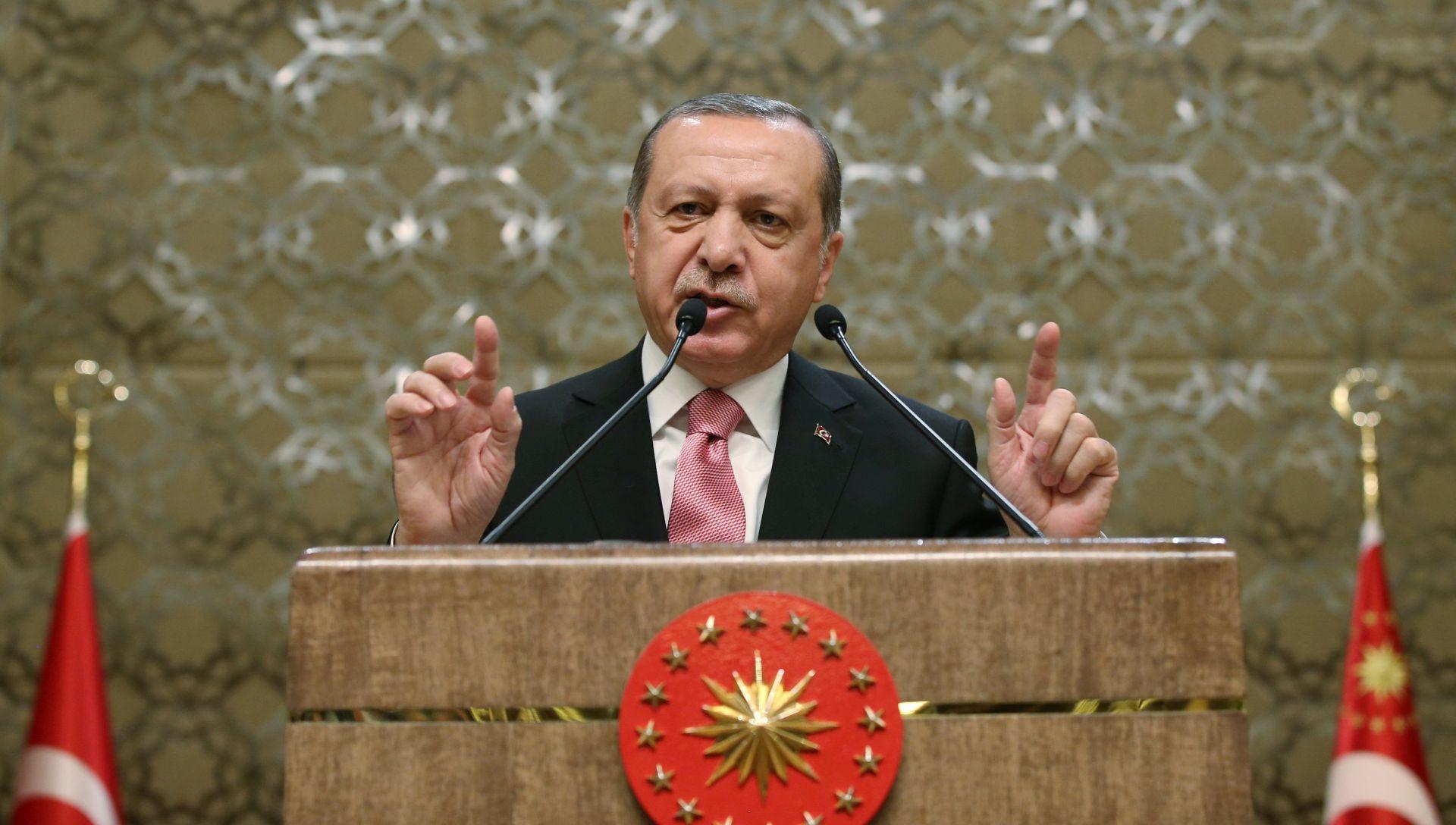 Erdogan odobrio ustavne reforme, otvoren put referendumu