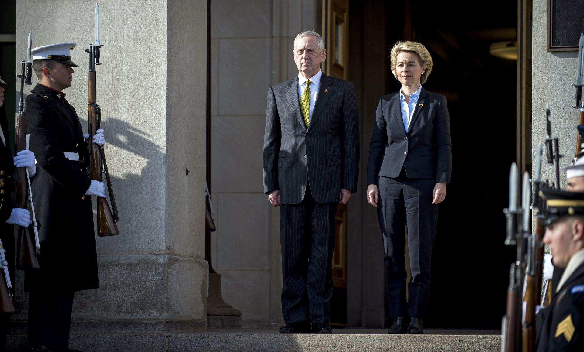 """Njemačka kaže da je zahtjev SAD-a saveznicima u NATO-u """"pošten"""""""