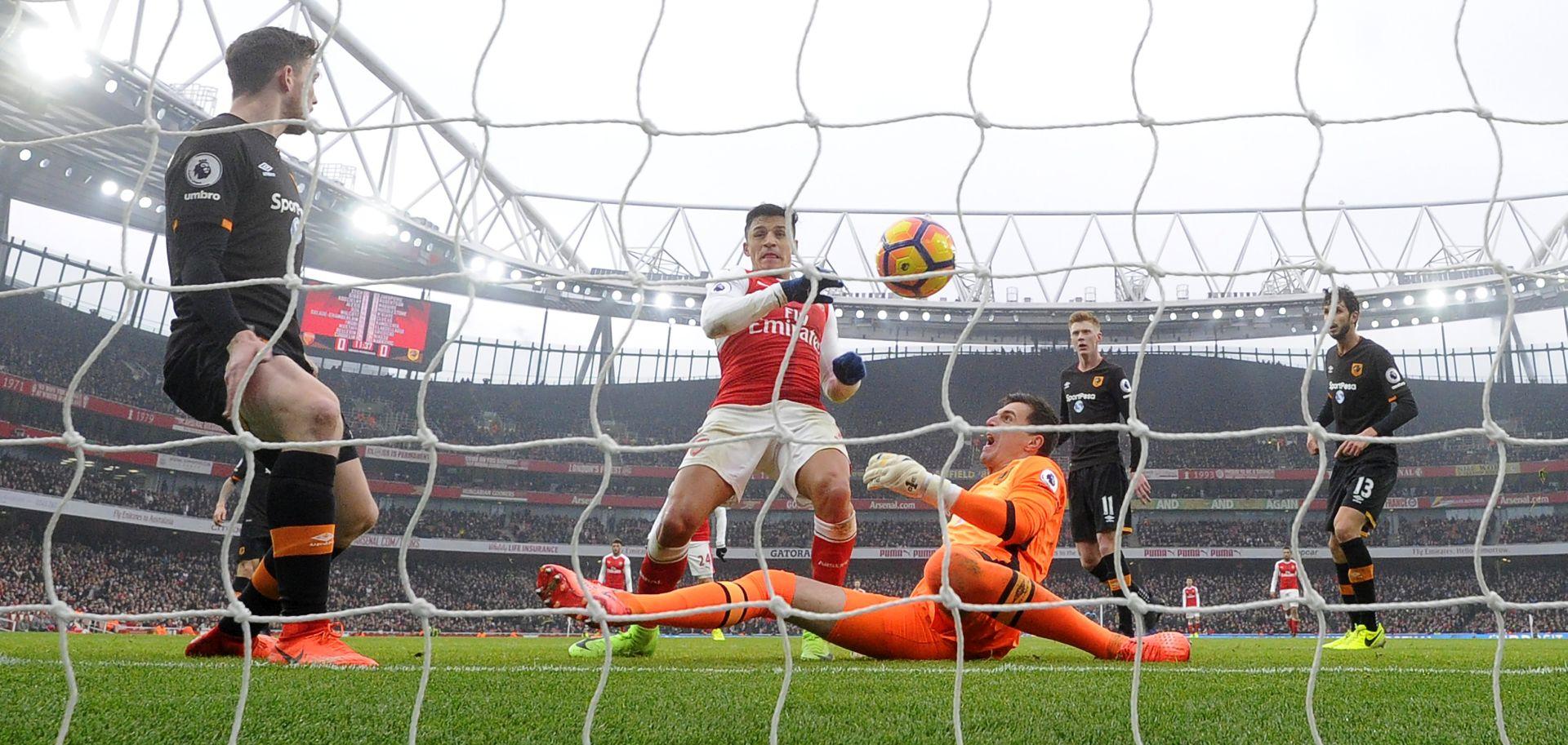 VIDEO: PREMIERLIGA Arsenal slavio, kontroverze oko vodećeg pogotka Sancheza