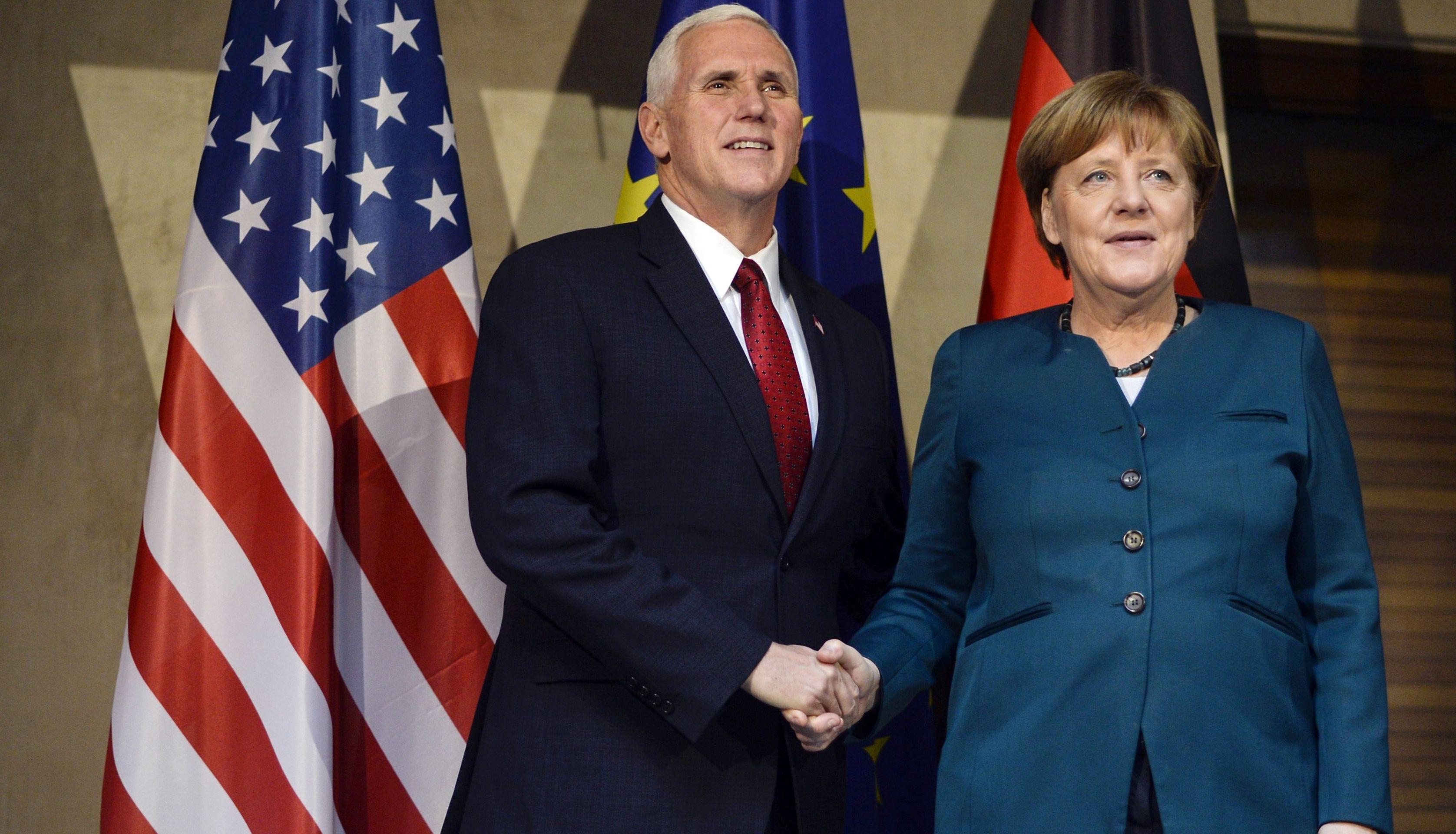 MERKEL 'NATO je nužan radi ruske agresije i globalnog terorizma'