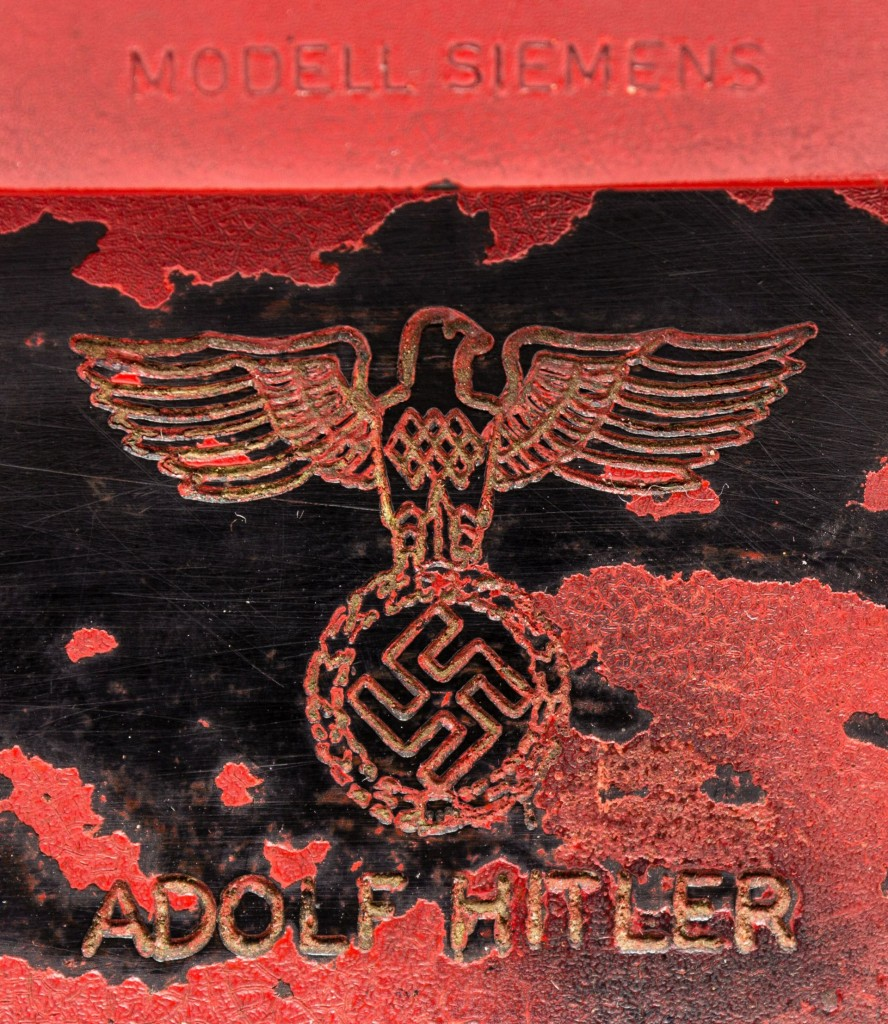 epa05800867 An undated handout photo made available by Alexander Historical Auctions on 17 February 2017 shows a detail of a red telephone once owned by German dictator Adolf Hitler. The telephone that Hitler used in the last days of Wolrd War II in his Berlin bunker, the so-called Fuehrerbunker, is up for auction from 18 February 2017 on at Alexander Historical Auctions and expected to sell at at least 200,000 US dollars.  EPA/ALEDXANDER HISTORICAL AUCTIONS / HANDOUT  HANDOUT EDITORIAL USE ONLY/NO SALES