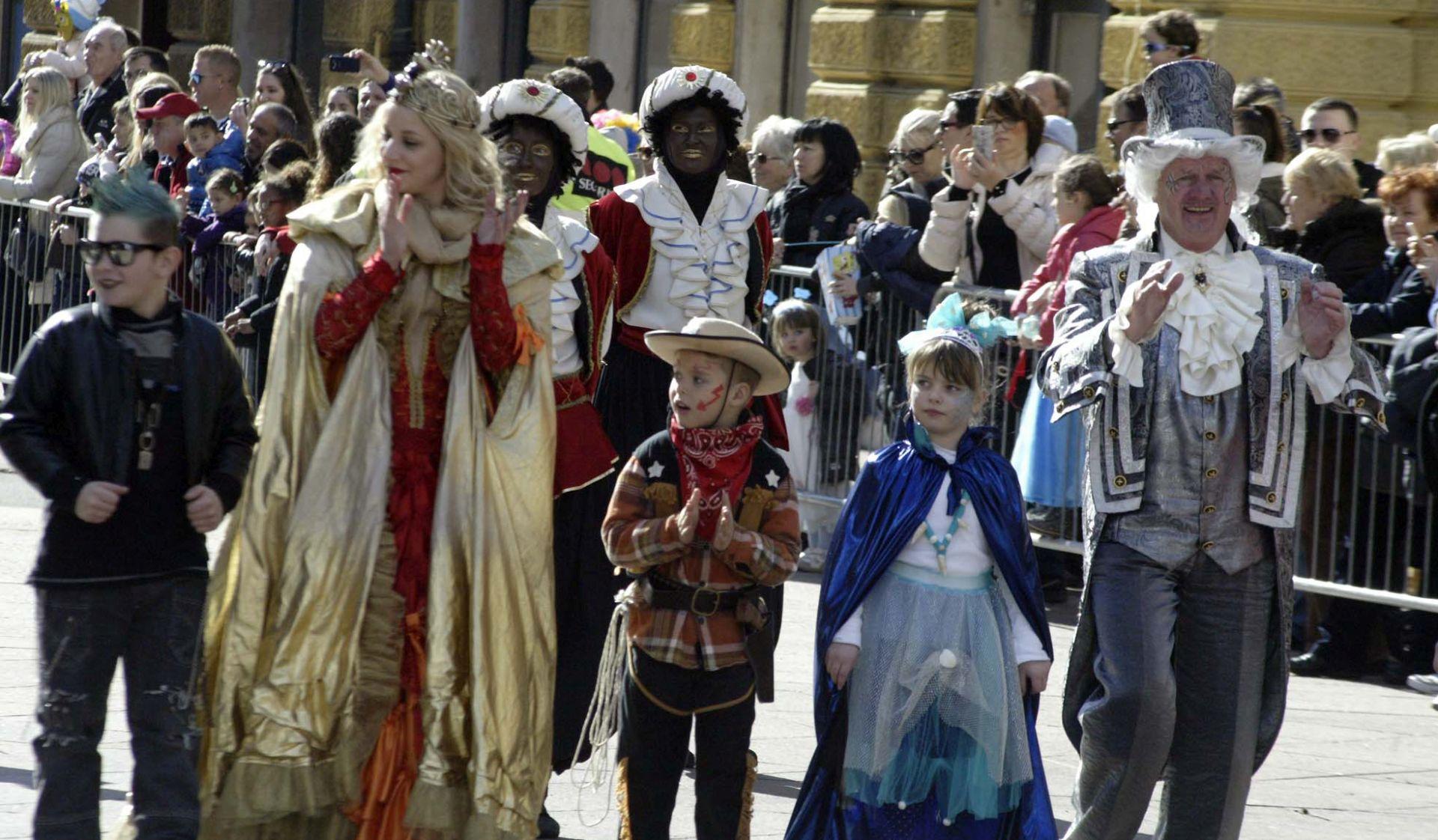Kraljica Riječkog karnevala Iva Ciceran, maškare preuzele vlast