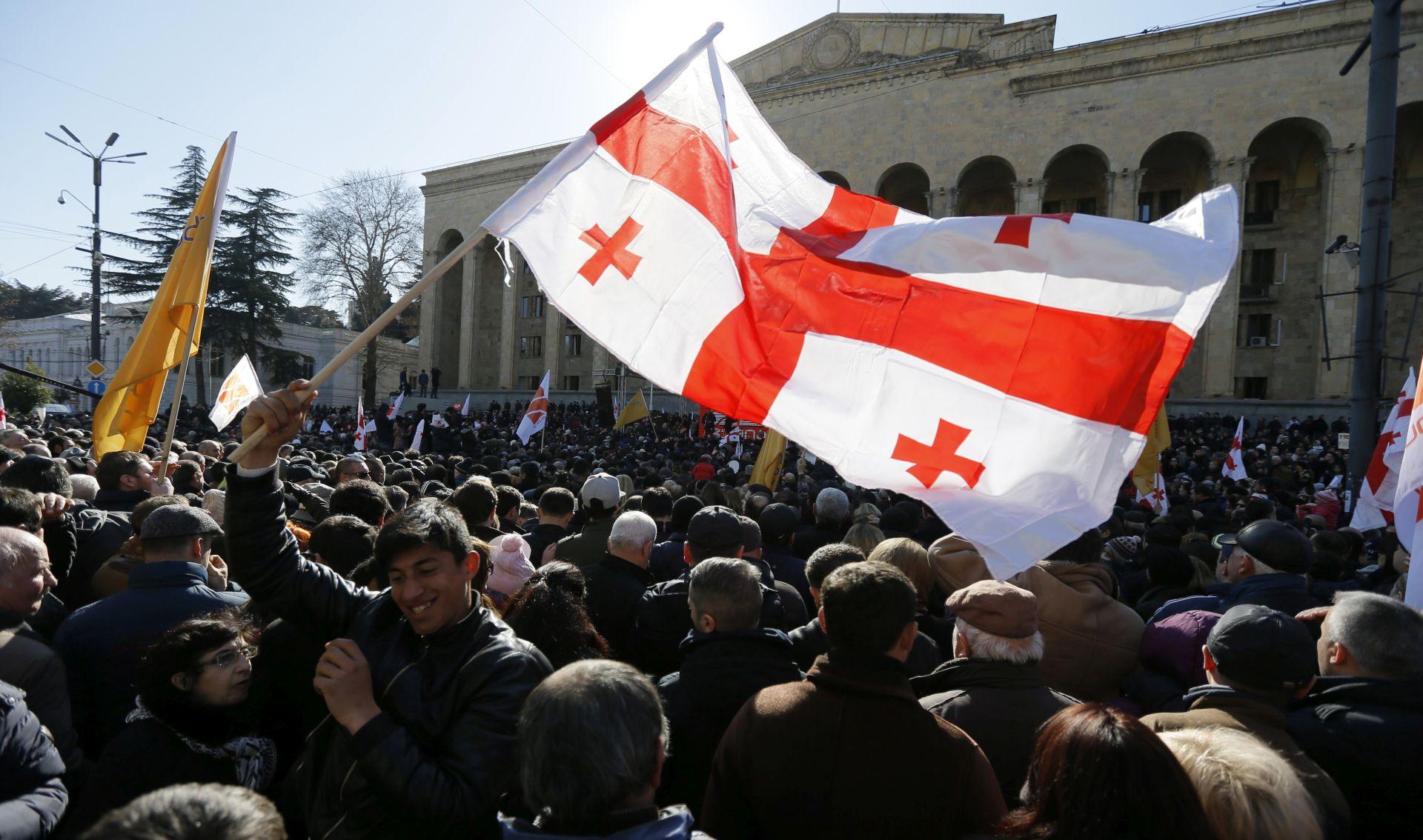 """Gruzijski premijer podnio ostavku, kaže da je """"ispunio svoju zadaću"""""""