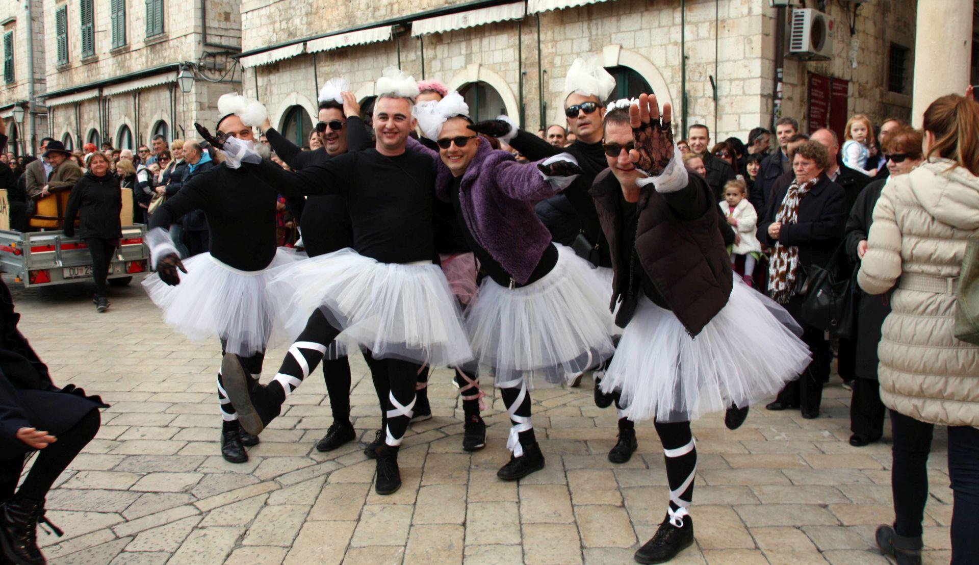 Župski karnevo 36. put stigao na Stradun