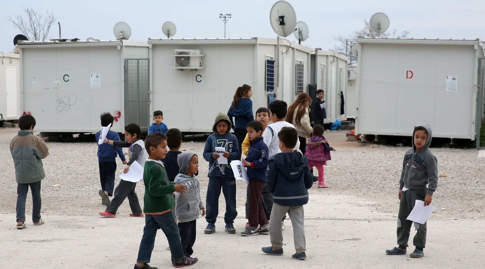 BiH stotinjak imigranata prebacila iz Bihaća u centar u Sarajevu