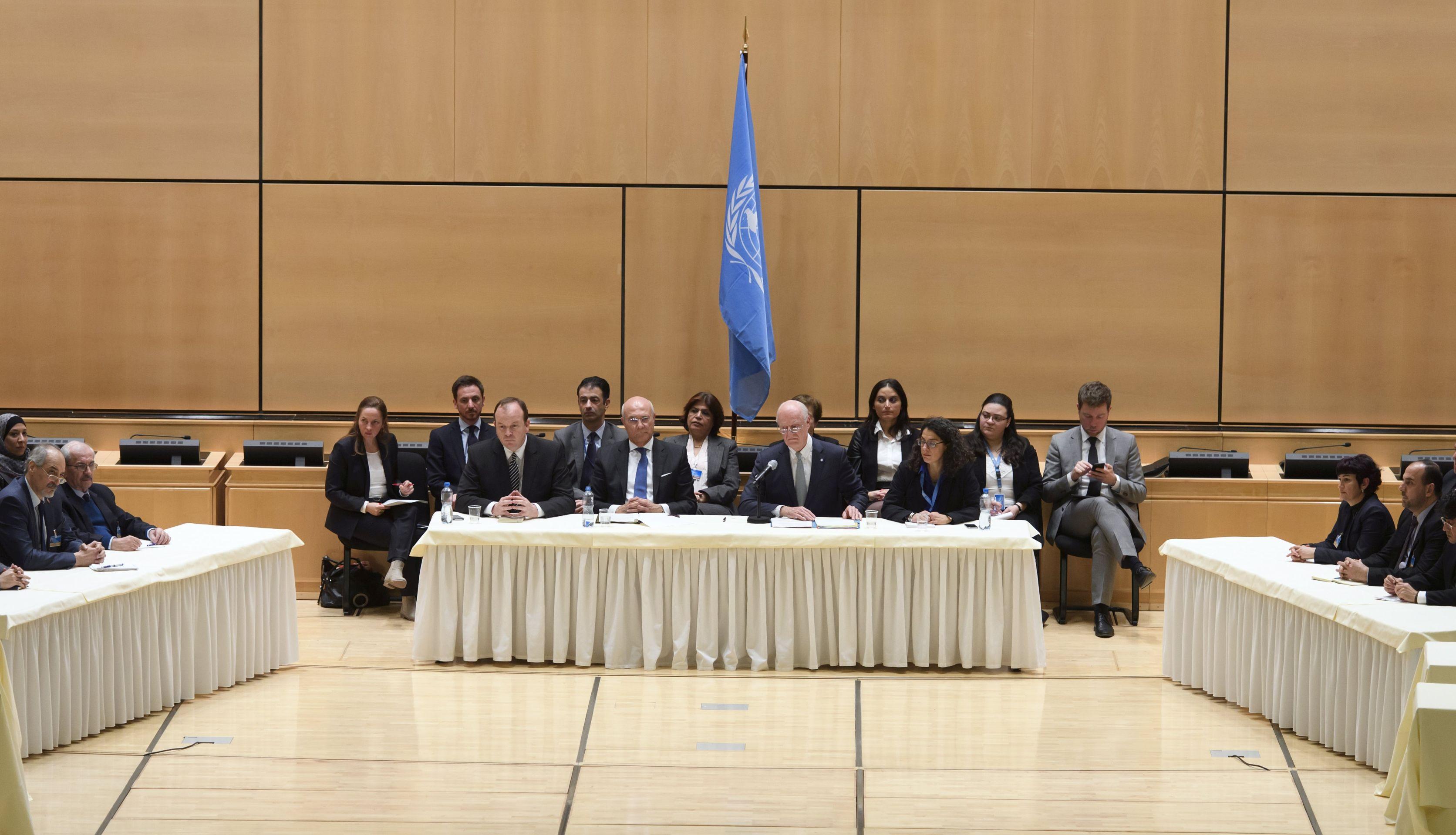 Sirijska vlada u Ženevi zahtijeva da oporba osudi napade na Homs