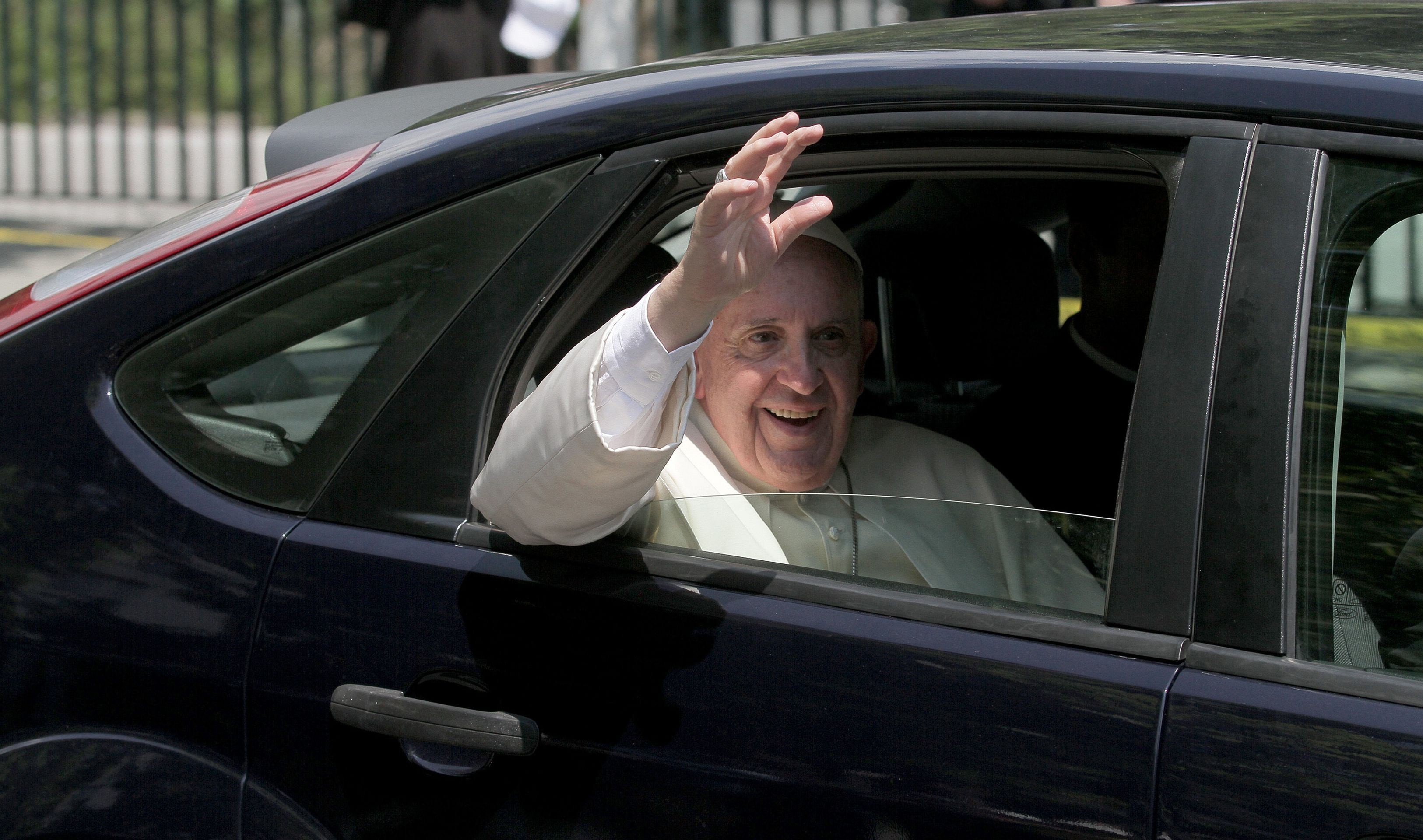 Plenković će pozvati papu Franju u Hrvatsku