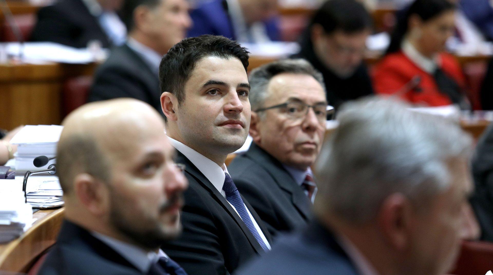 """SDP-OVCI NAPUSTILI SABORNICU Bernardić: """"Ovo odugovlačenje je potpuno neprihvatljivo"""""""