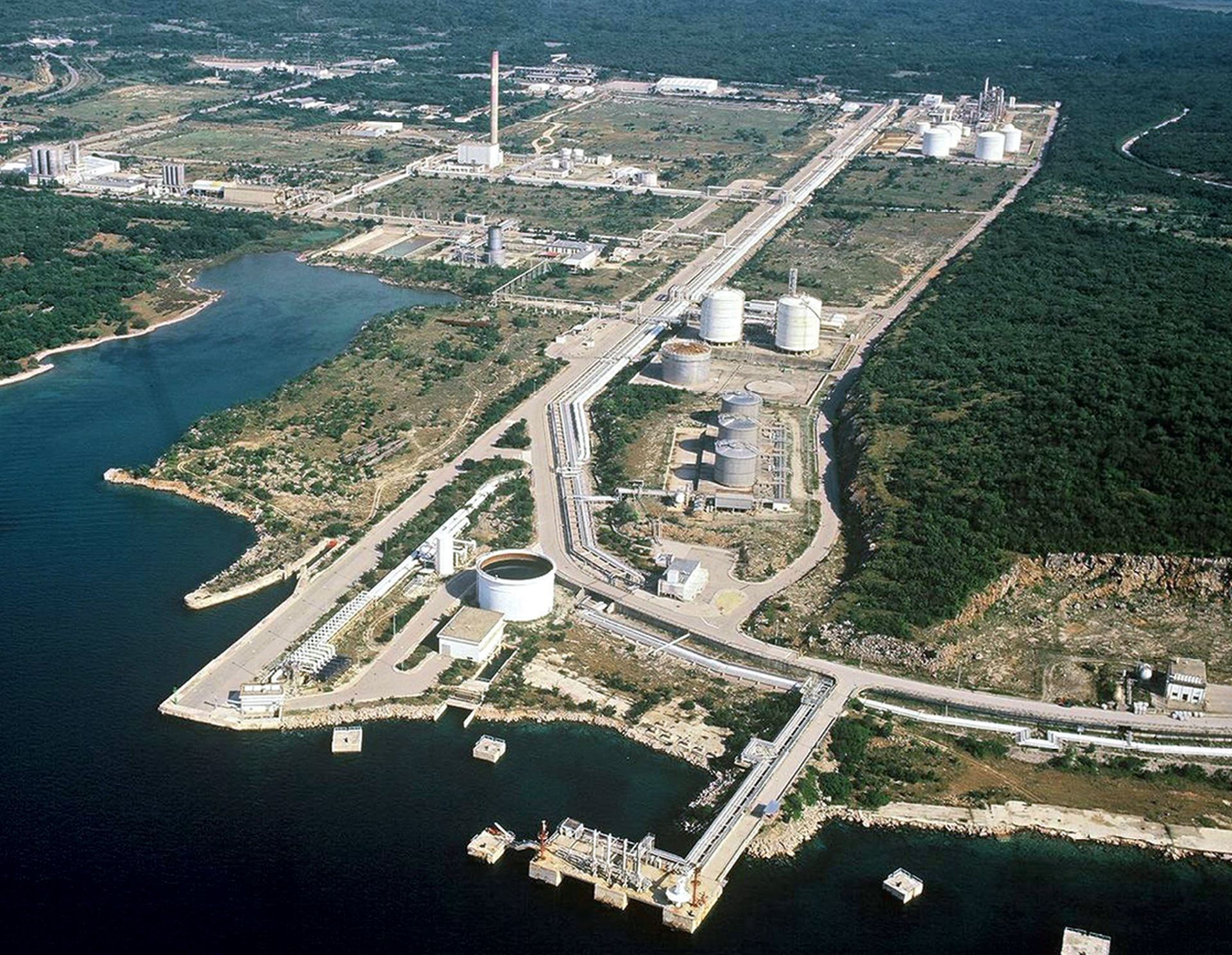 Hrvatskoj odobreno 102 milijuna eura za LNG terminal na Krku