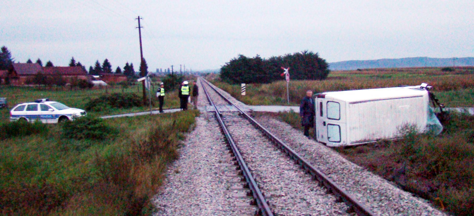 SMRT KOD VIROVITICE Vlak naletio na srednjoškolku, preminula na mjestu događaja