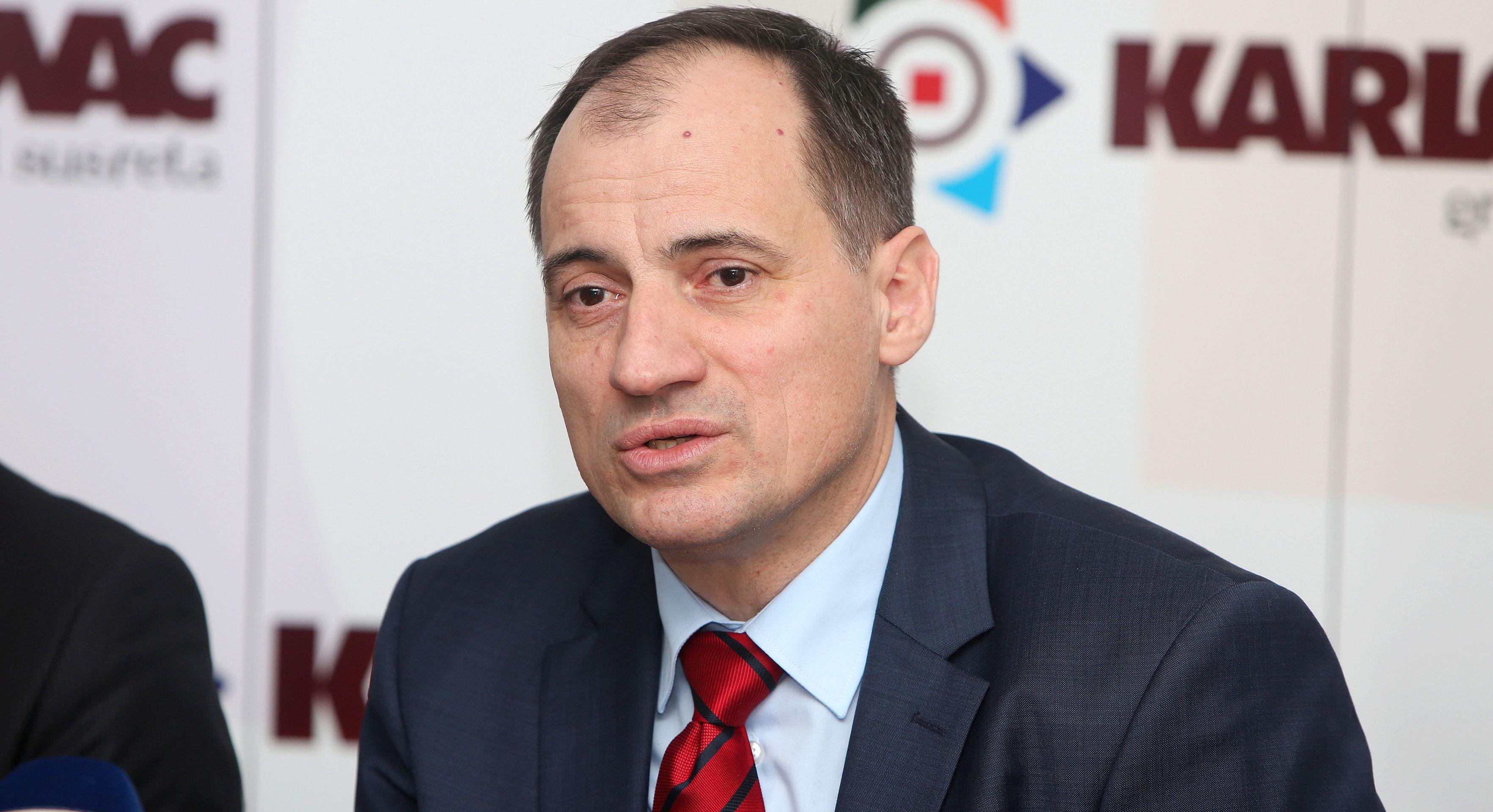 DOBROVIĆ O POSKUPLJENJU PLINA 'Uskoro donosimo odluku'