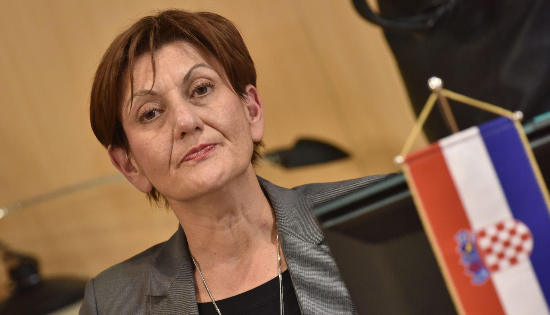 DALIĆ 'Pitanje zakona o privatizaciji Ine treba gledati u kontekstu odluke o otkupu mađarskog udjela'