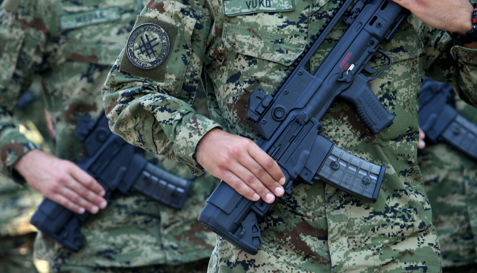 VIDEO: Građani o vojnom roku