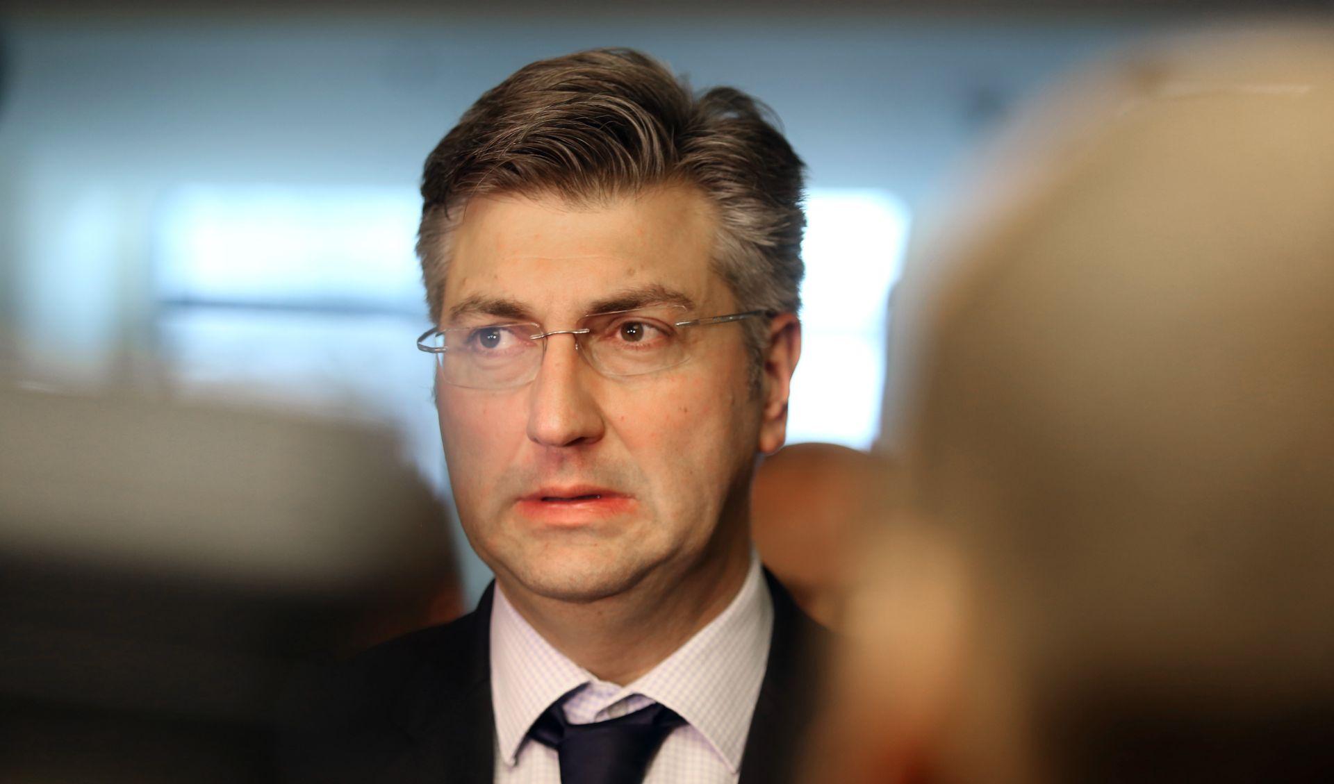"""PLENKOVIĆ """"Hrvatska zasad ne razmatra povlačenje veleposlanika iz Rusije"""""""