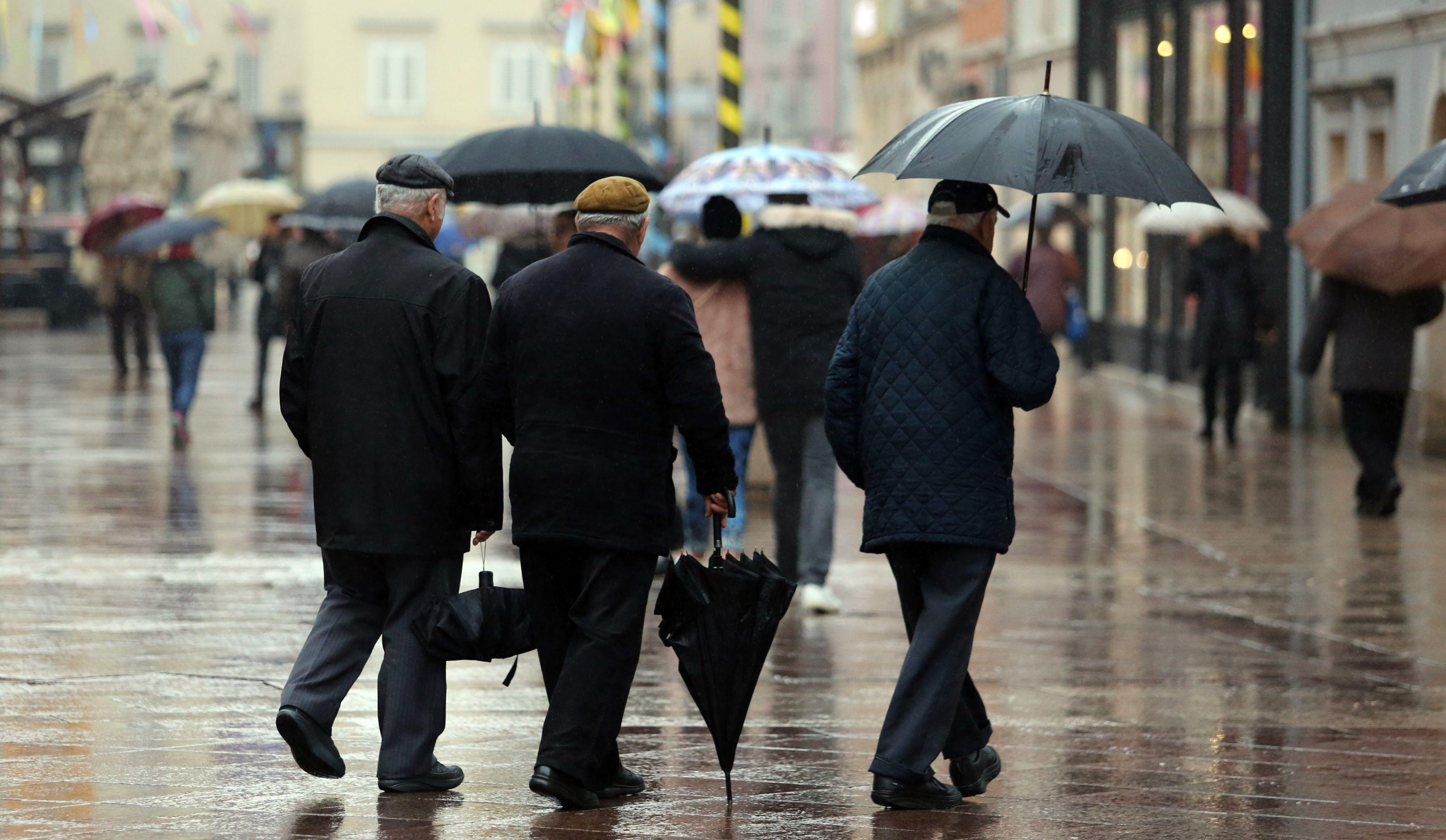 VRIJEME Oblačno s kišom, poslijepodne moguć i snijeg