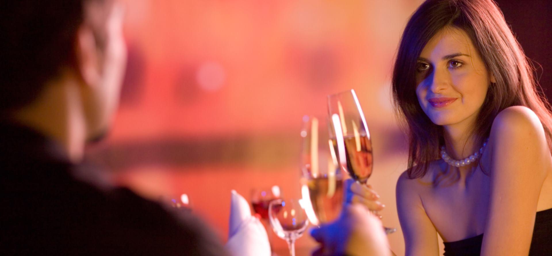 NUXE Pet trikova da zablistate na romantičnom spoju