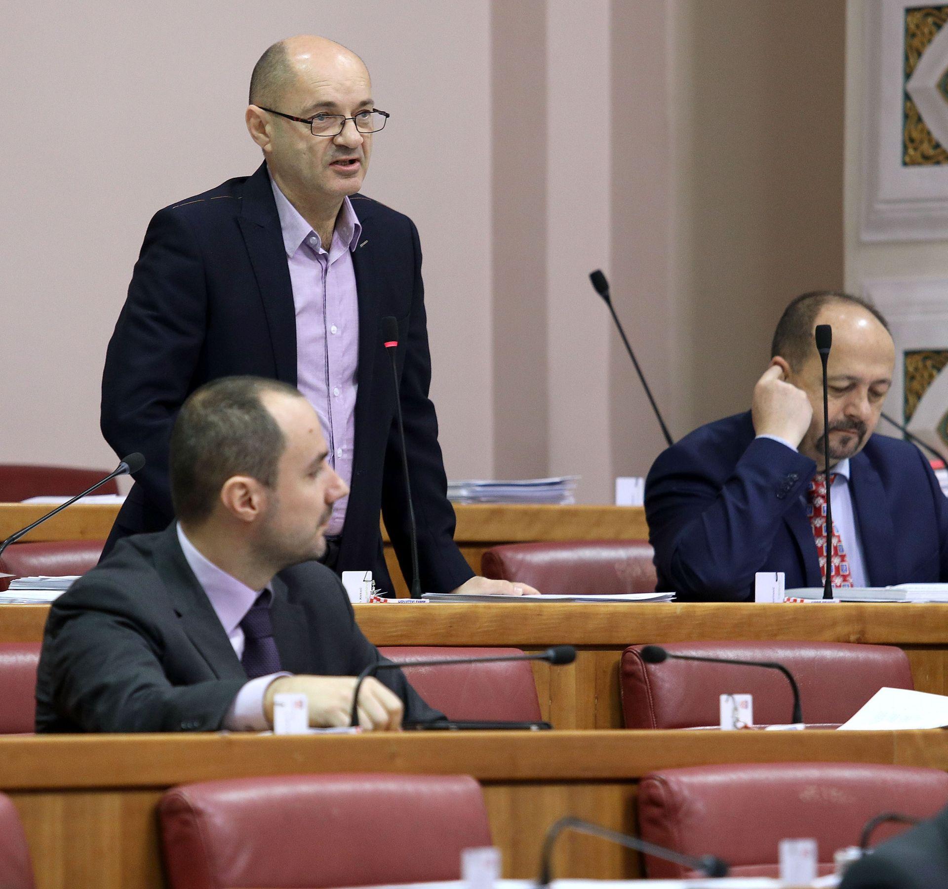 GORAN ALEKSIĆ: Nije slučajno da Unicredit plaća putovanja guverneru Vujčiću