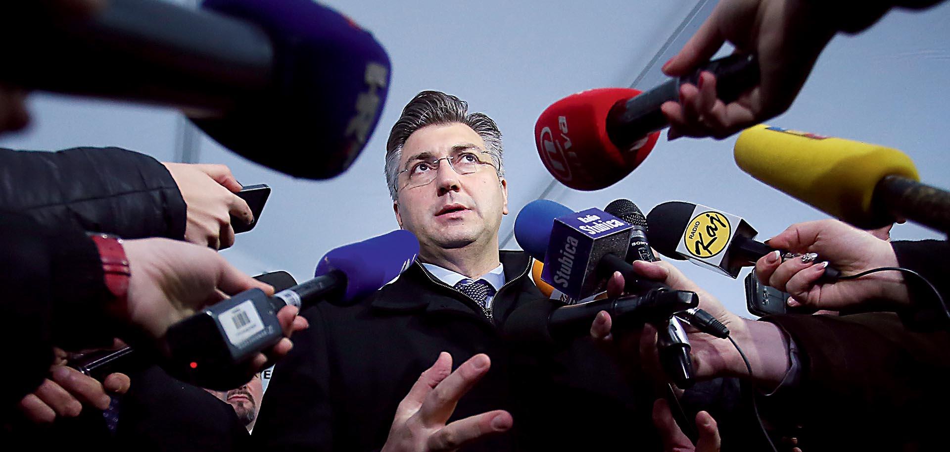 CROBAROMETAR: HDZ prvi, SDP ima najlošiji rejting u tri godine
