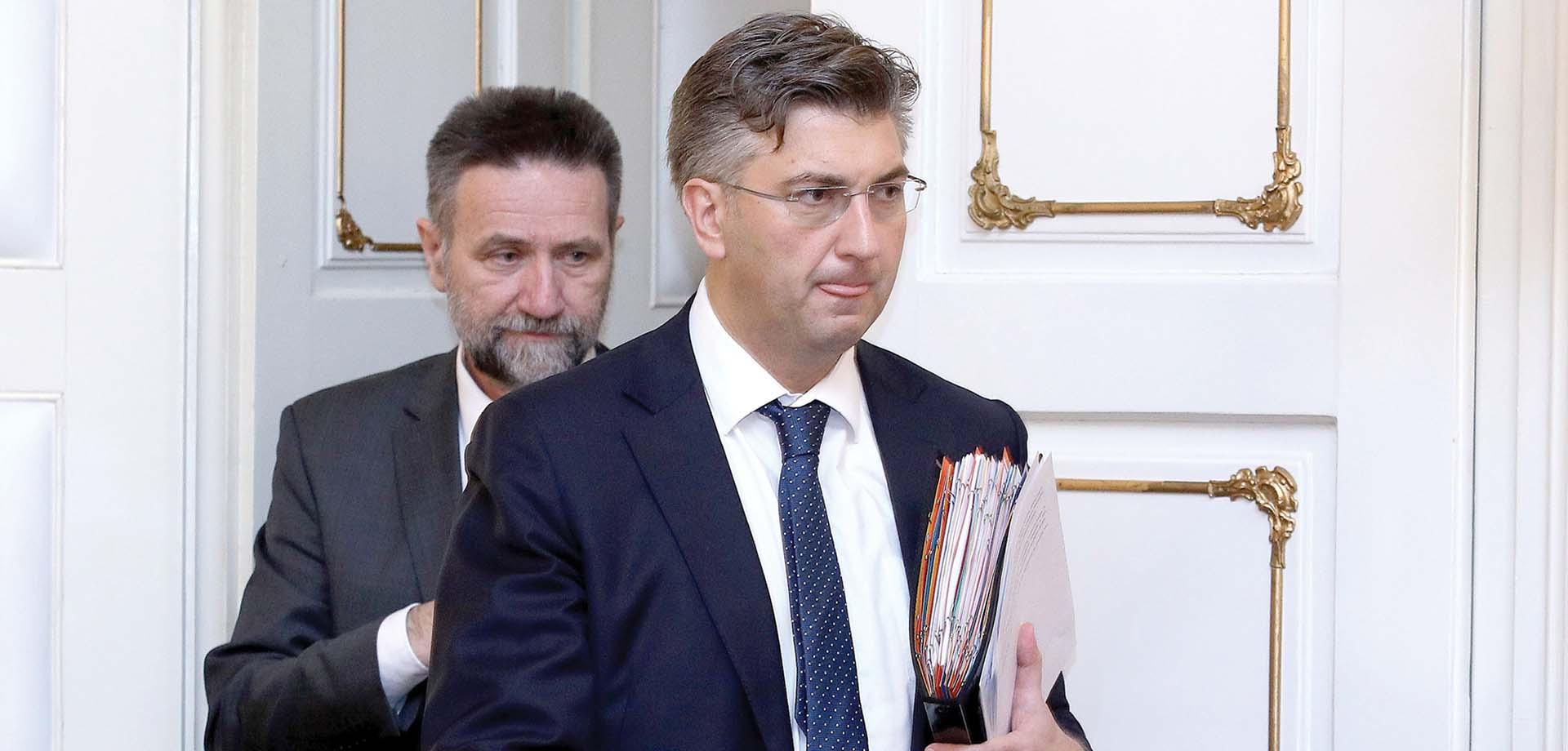 PLENKOVIĆ 'Smiješne su kritike zbog toga što je Cvitan bio sa mnom na konferenciji za novinare u Vladi'