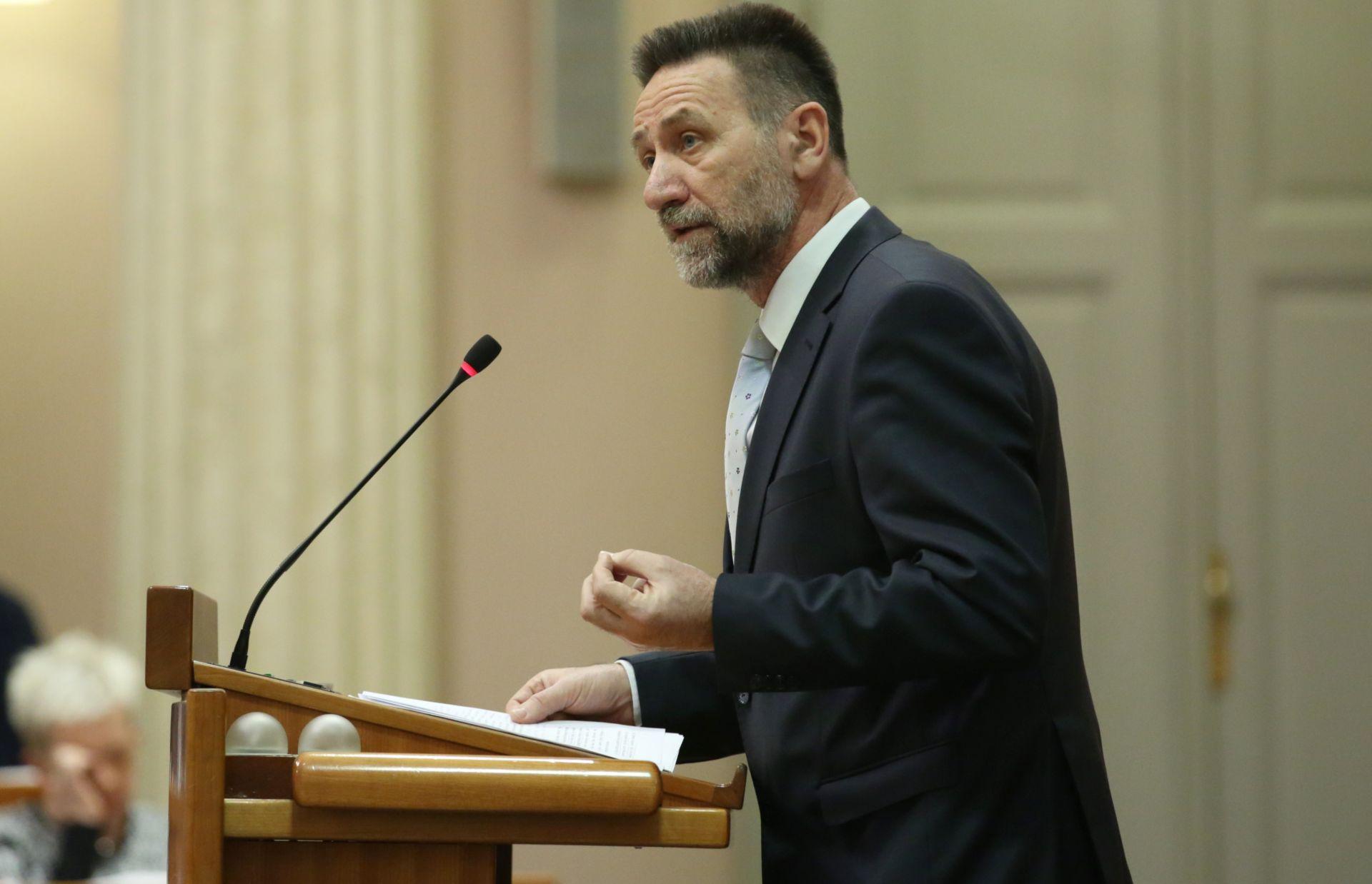 MINISTAR BARIŠIĆ: 'Žrtva sam medijskog linča'