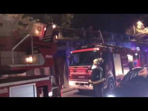 VIDEO: DUBROVNIK U požaru izgorjela kuća, ozlijeđena starija osoba i vatrogasac