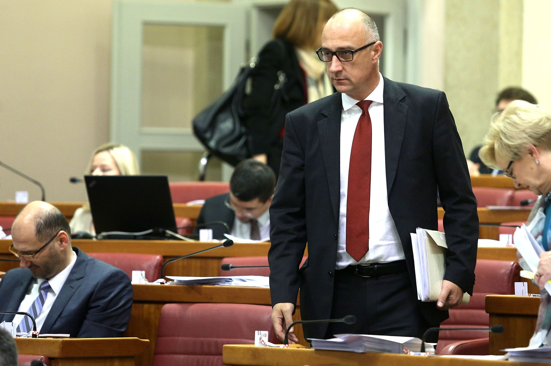 VRDOLJAK O IZVJEŠĆU EK: Hrvatska stoji zbog neznanja 'Titanik Vlade'