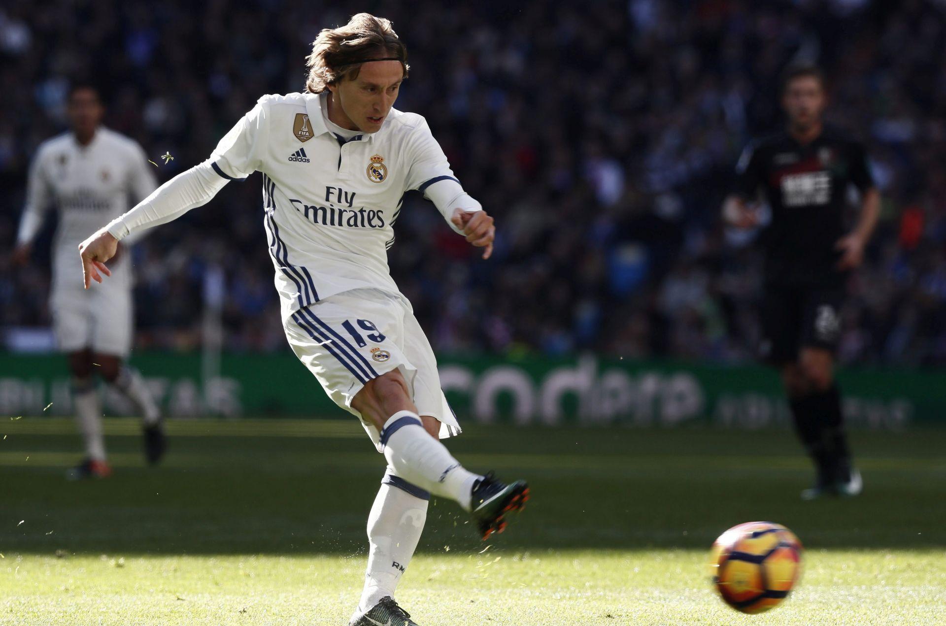REAL MADRID 'Luka Modrić ne želi napustiti klub'