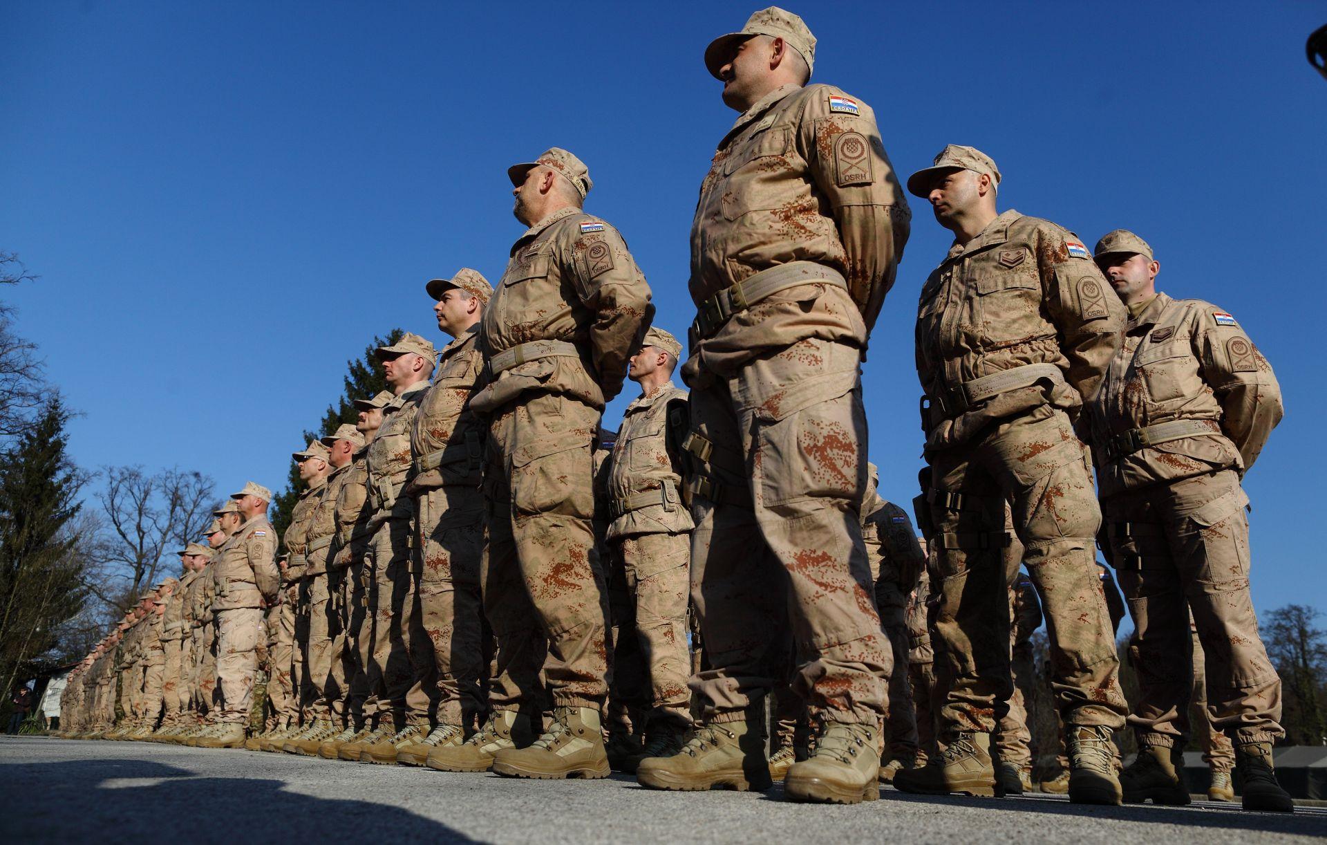 MORH: Maloljetnici u srednjim školama ne anketiraju se za vojni rok