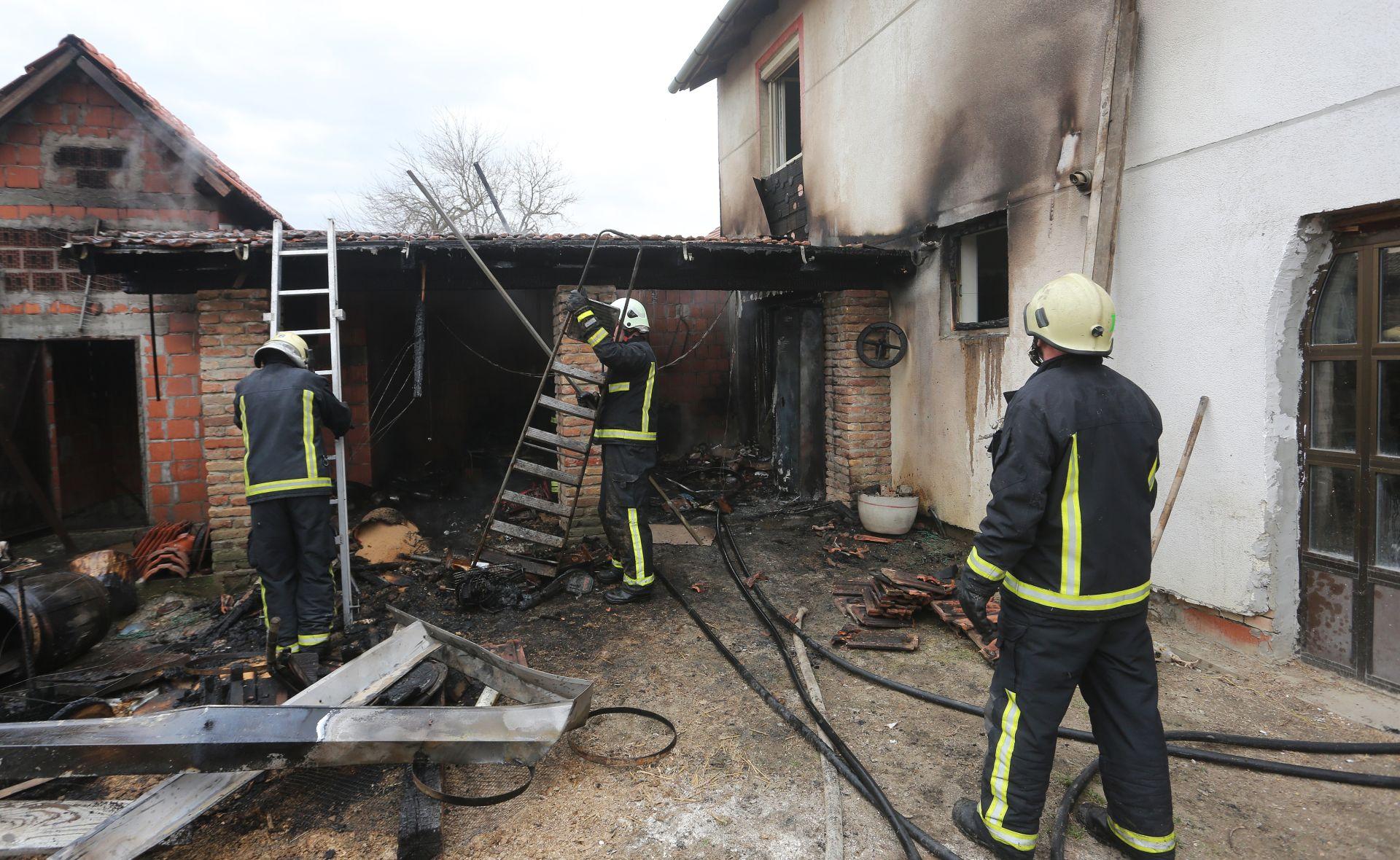 LOŠE INSTALACIJE: Požar u obiteljskoj kući kod Osijeka