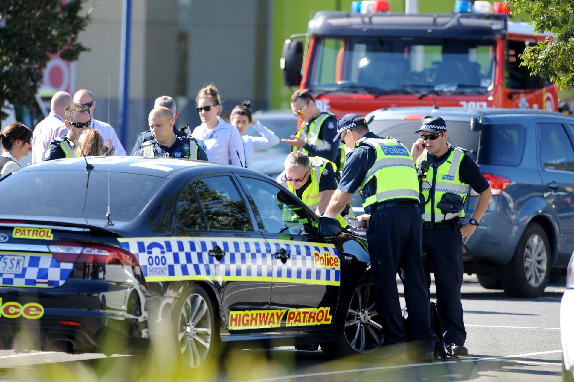 Automobilom se zaletio u sedam školaraca i ženu u Melbourneu