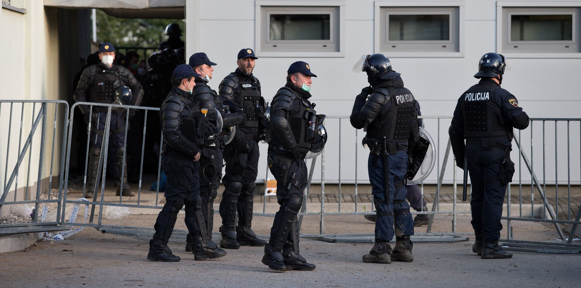 Slovenska policija od ponedjeljka u bijelom štrajku