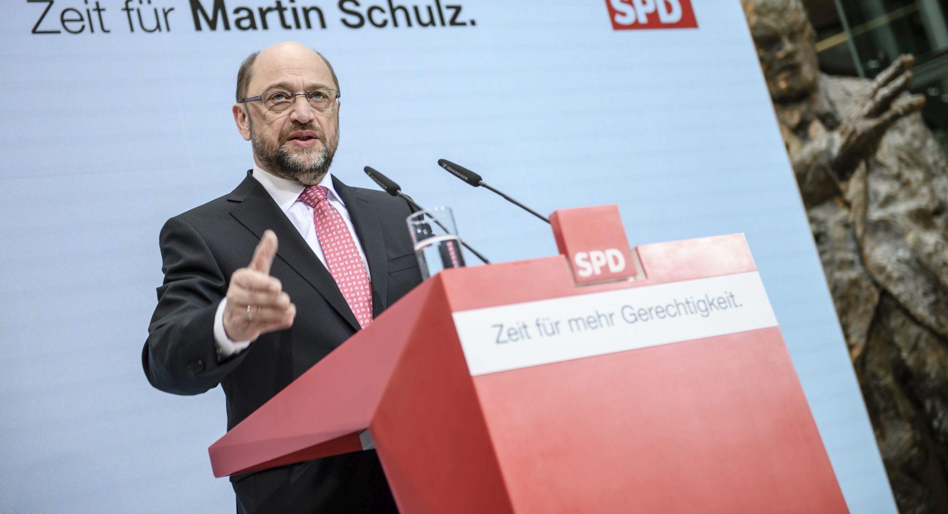 MARTIN SCHULZ: 'Čovjek s ulice' koji želi srušiti Angelu Merkel