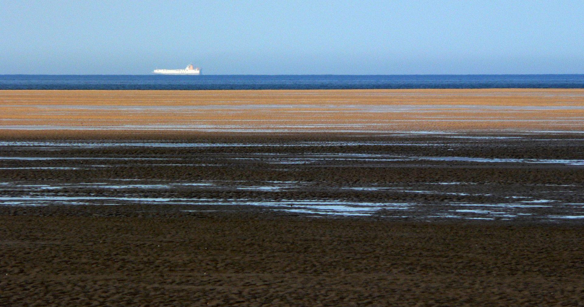ENGLESKA: 360 kilograma kokaina 'nasukalo' se na plaže Norfolka