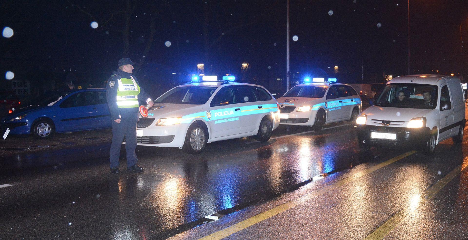 SISAK Vozač udario u betonski stup i poginuo