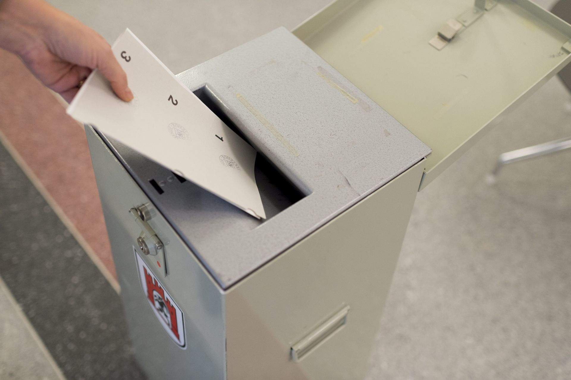 REFERENDUM: U Švicarskoj se odlučuje o o lakšem dobivanju državljanstva