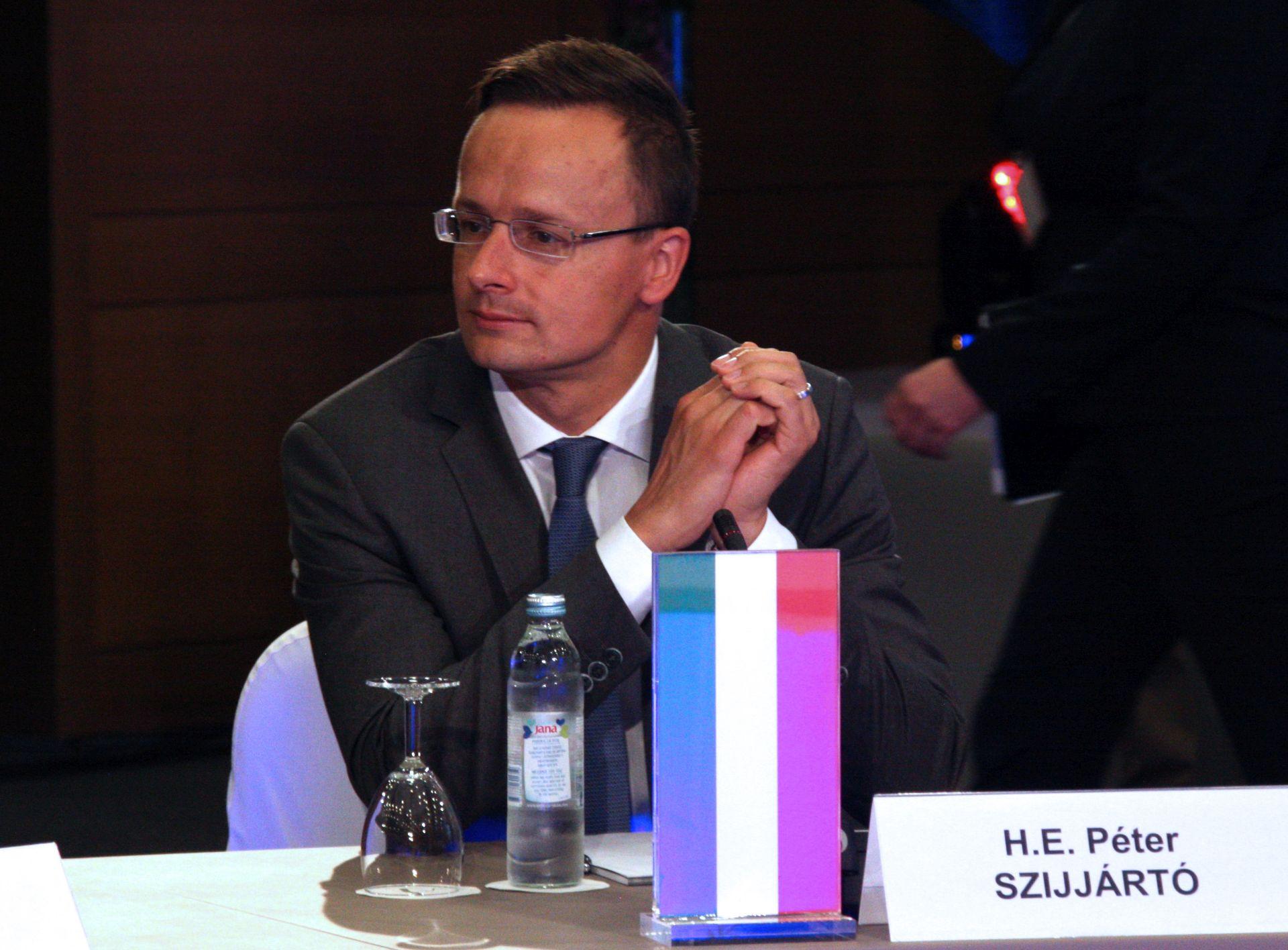 PETER SZIJJARTO: 'Poslovna suradnja između Hrvatske i MOL-a je politički neodrživa'