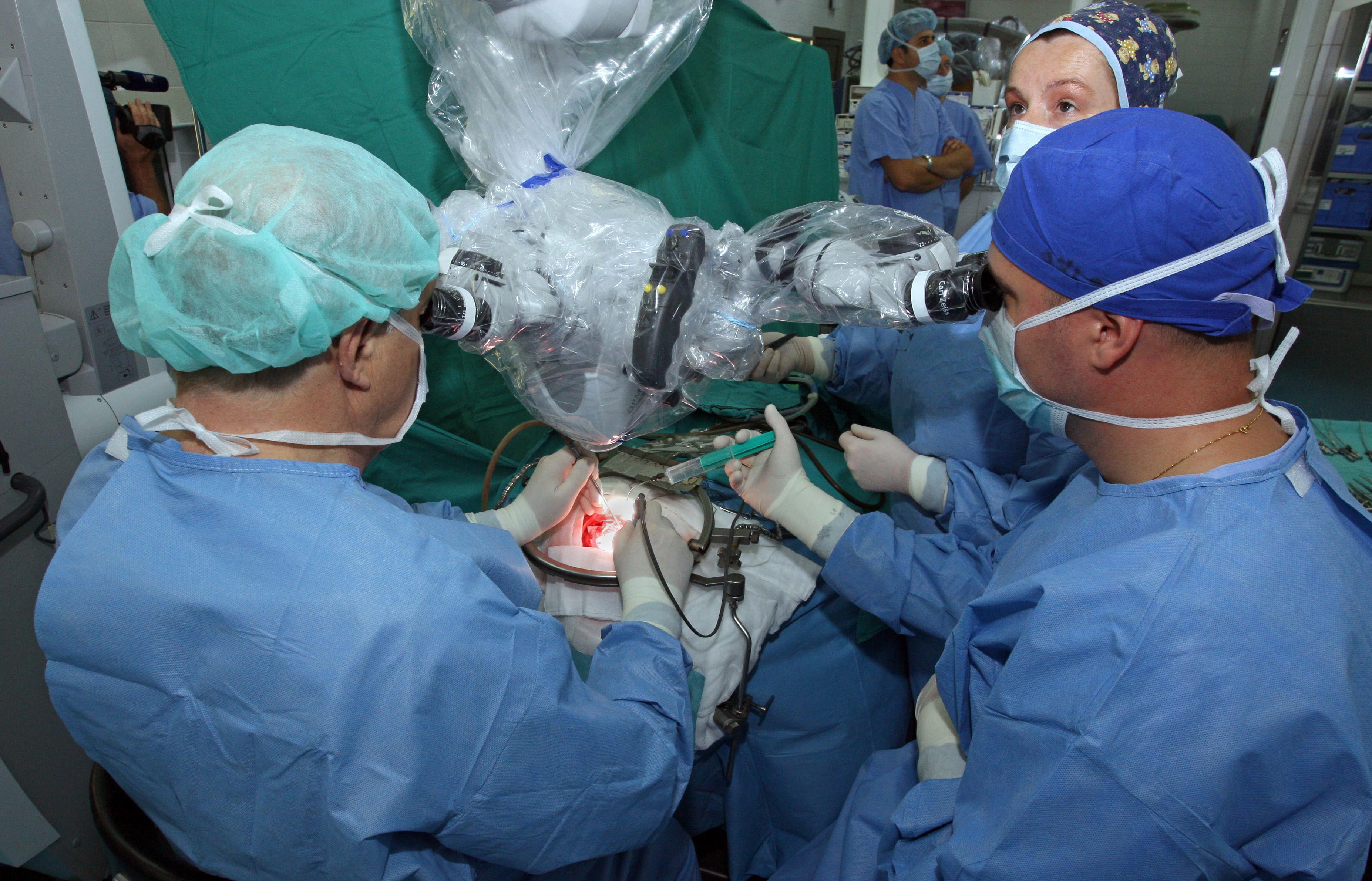 Umro Thomas Starzl, jedan od pionira transplantacije organa