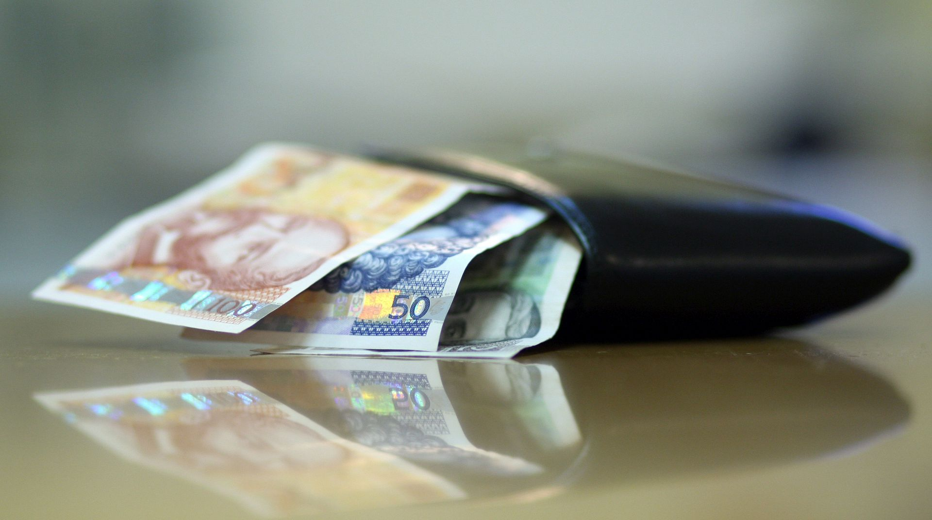 DUG/DEFICIT: Hrvatska lani ostvarila deficit od 0,9 posto BDP-a, pao i javni dug
