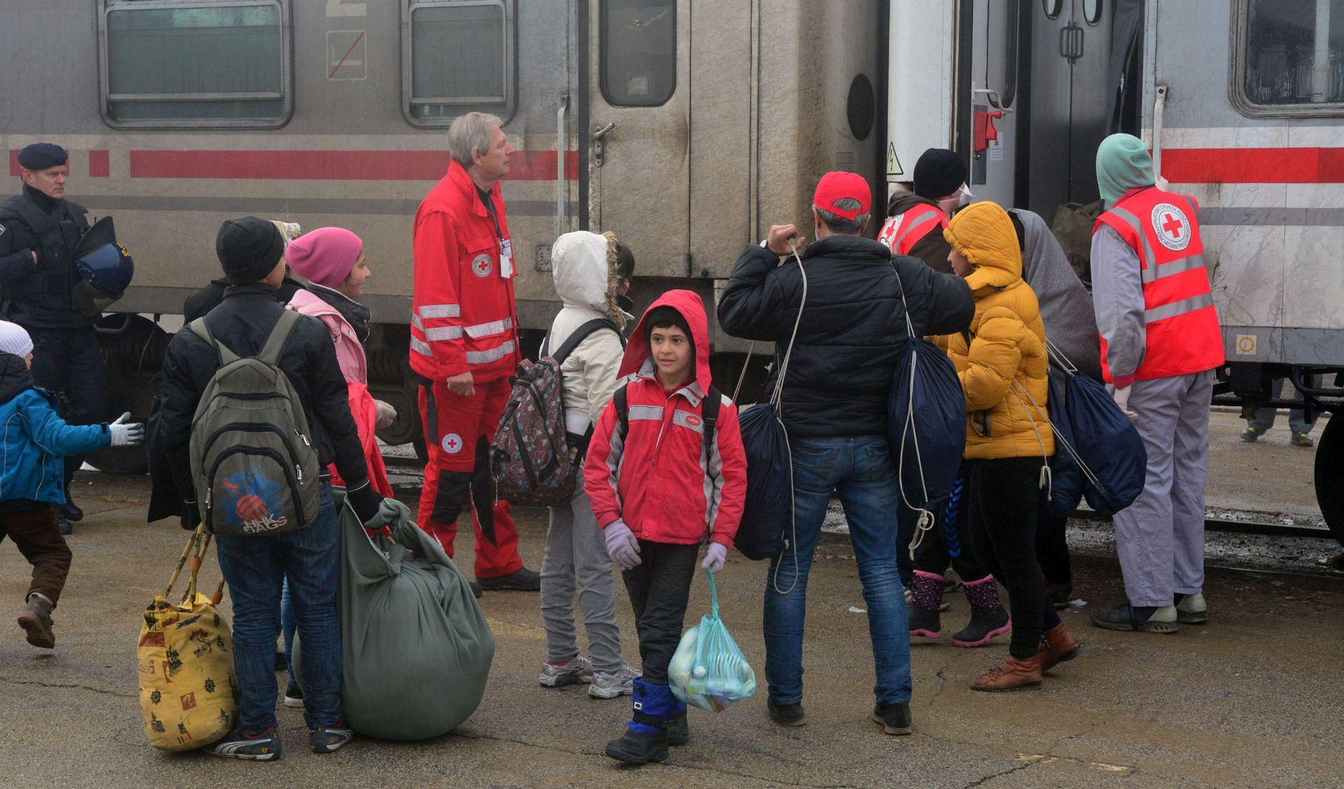 Srbija u lipnju spriječila 29 ilegalnih pokušaja prelaska imigranata u Hrvatsku