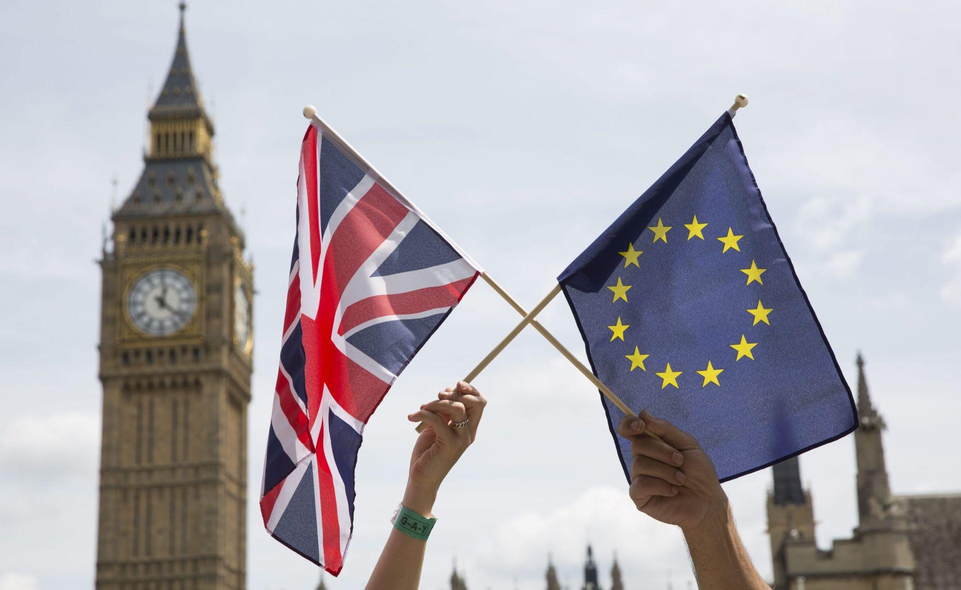 Britanska vlada predstavila plan pretvorbe europskog zakonodavstva u britansko