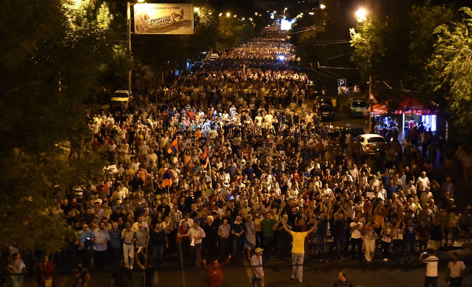 Armenci u nedjelju na važnim izborima