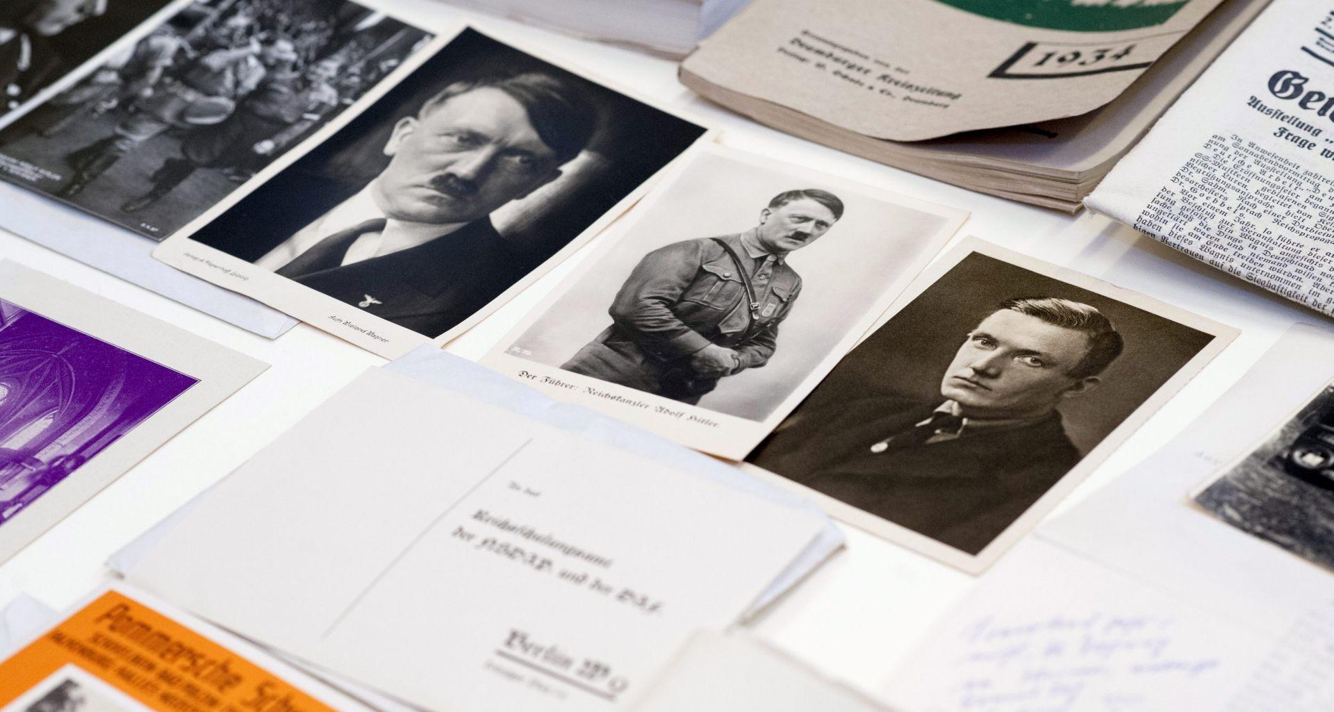 Na aukciji album s dosad neviđenim fotografijama Adolfa Hitlera