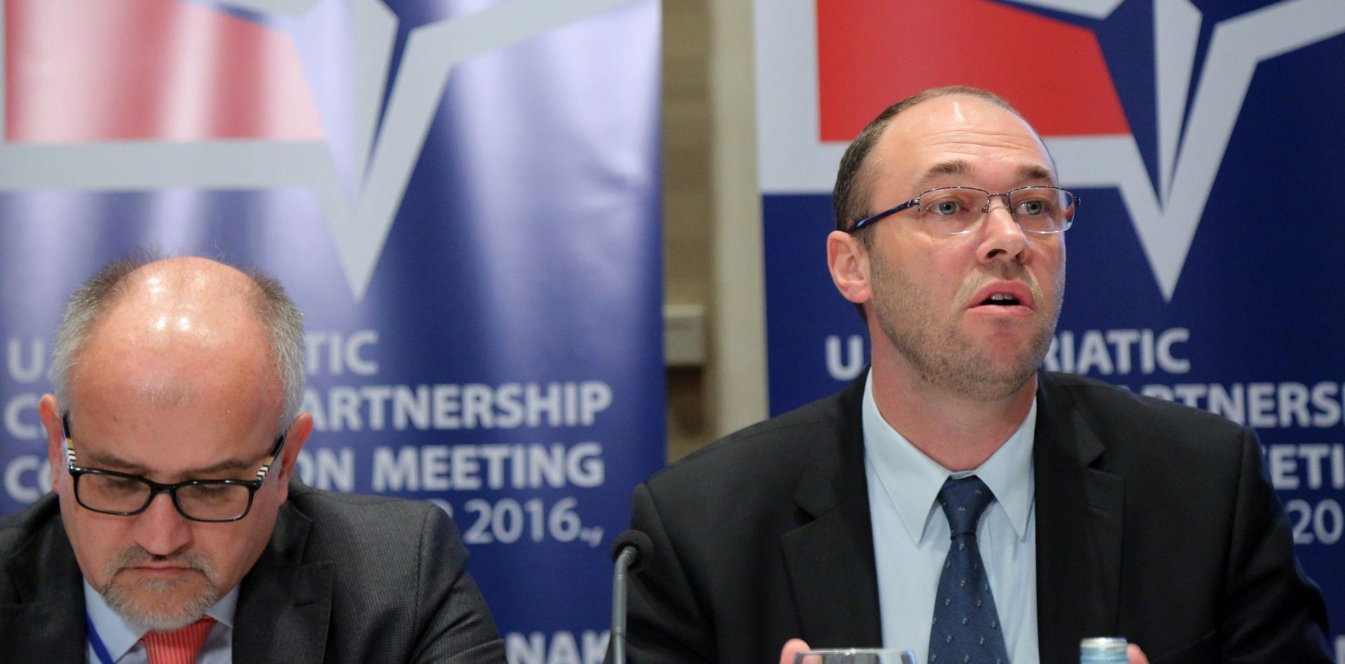 CRNOGORSKI MINISTAR 'Prevlaka nije otvoreno pitanje'