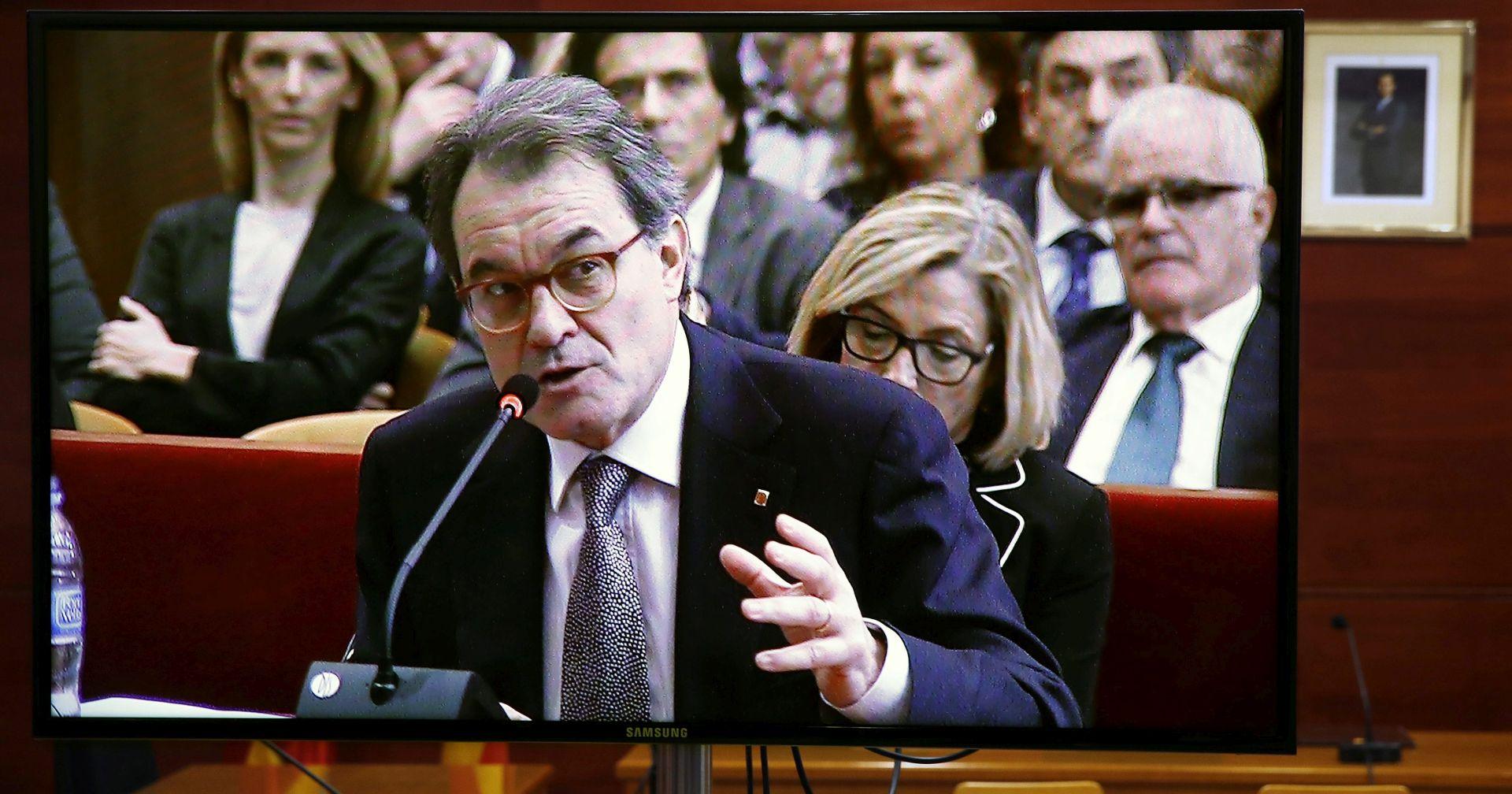 KATALONIJA Arturu Masu na dvije godine zabranjeno obavljanje javnih dužnosti